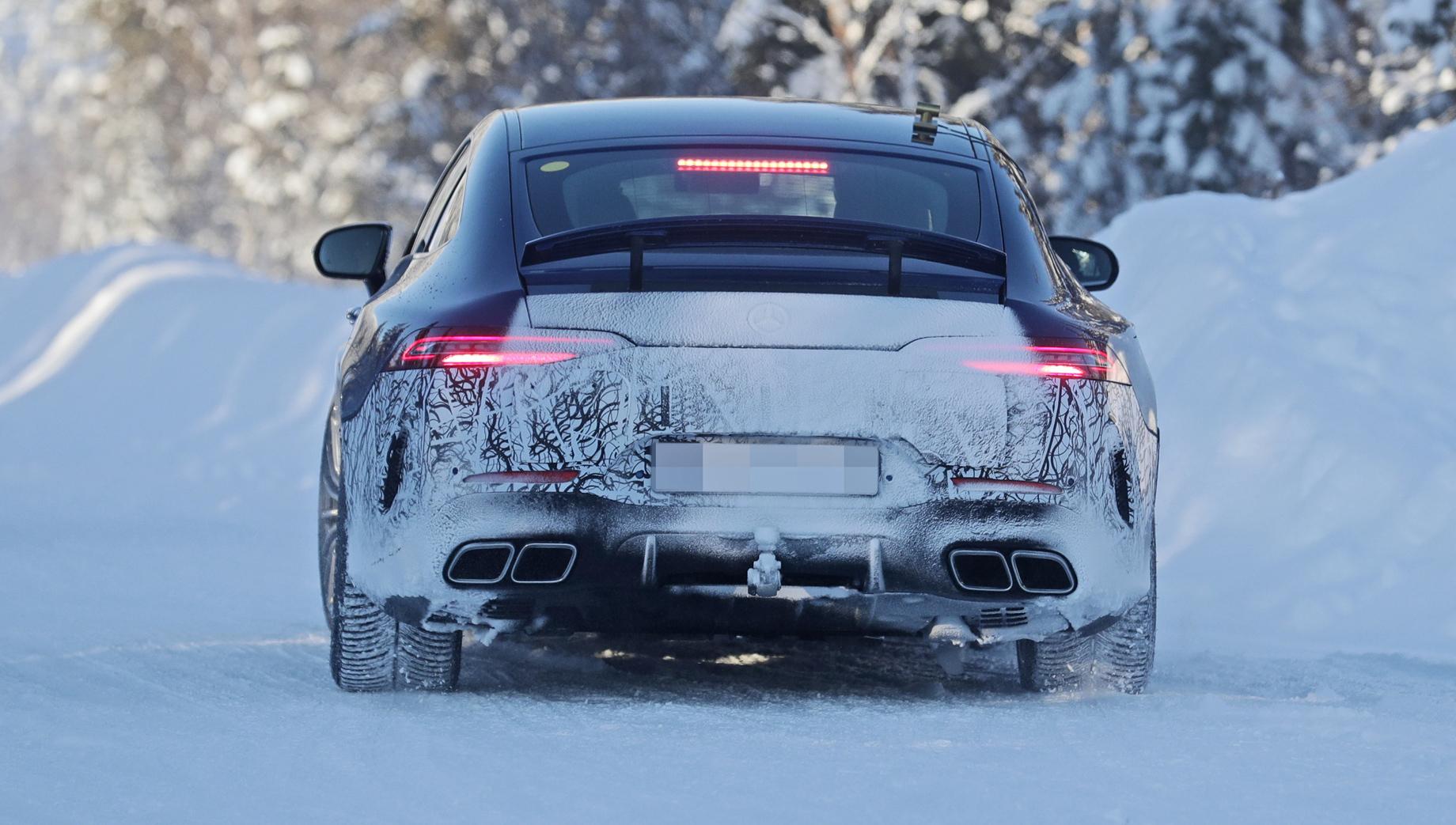 Супергибрид Mercedes-AMG GT отправился нафинальные тесты