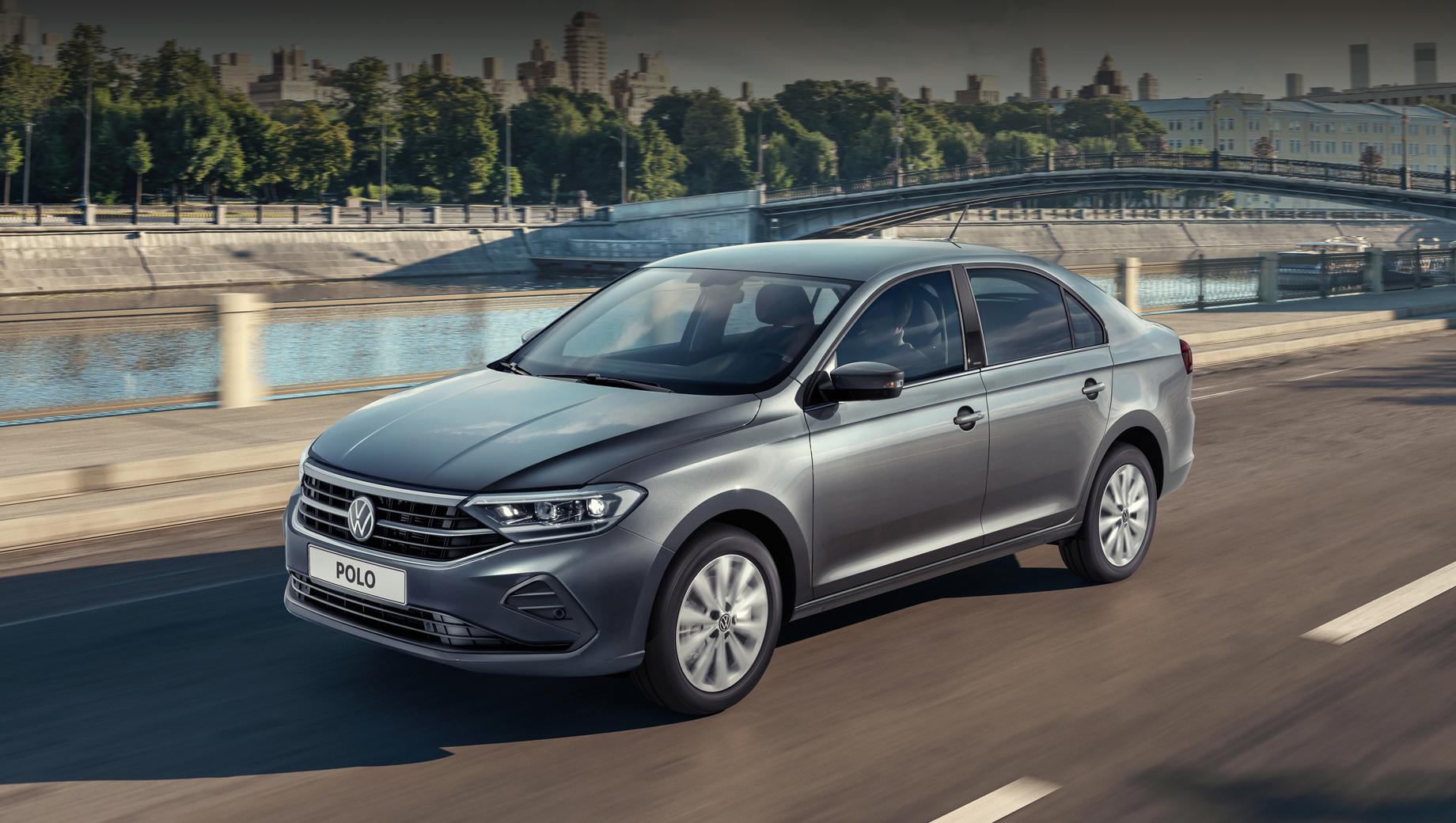 Volkswagen polo. Длина, ширина, высота лифтбека — 4483 мм (+93 мм), 1706 (+7), 1484 (+17) в сравнении с прошлым седаном. Паспортный клиренс — 170 мм (+7).