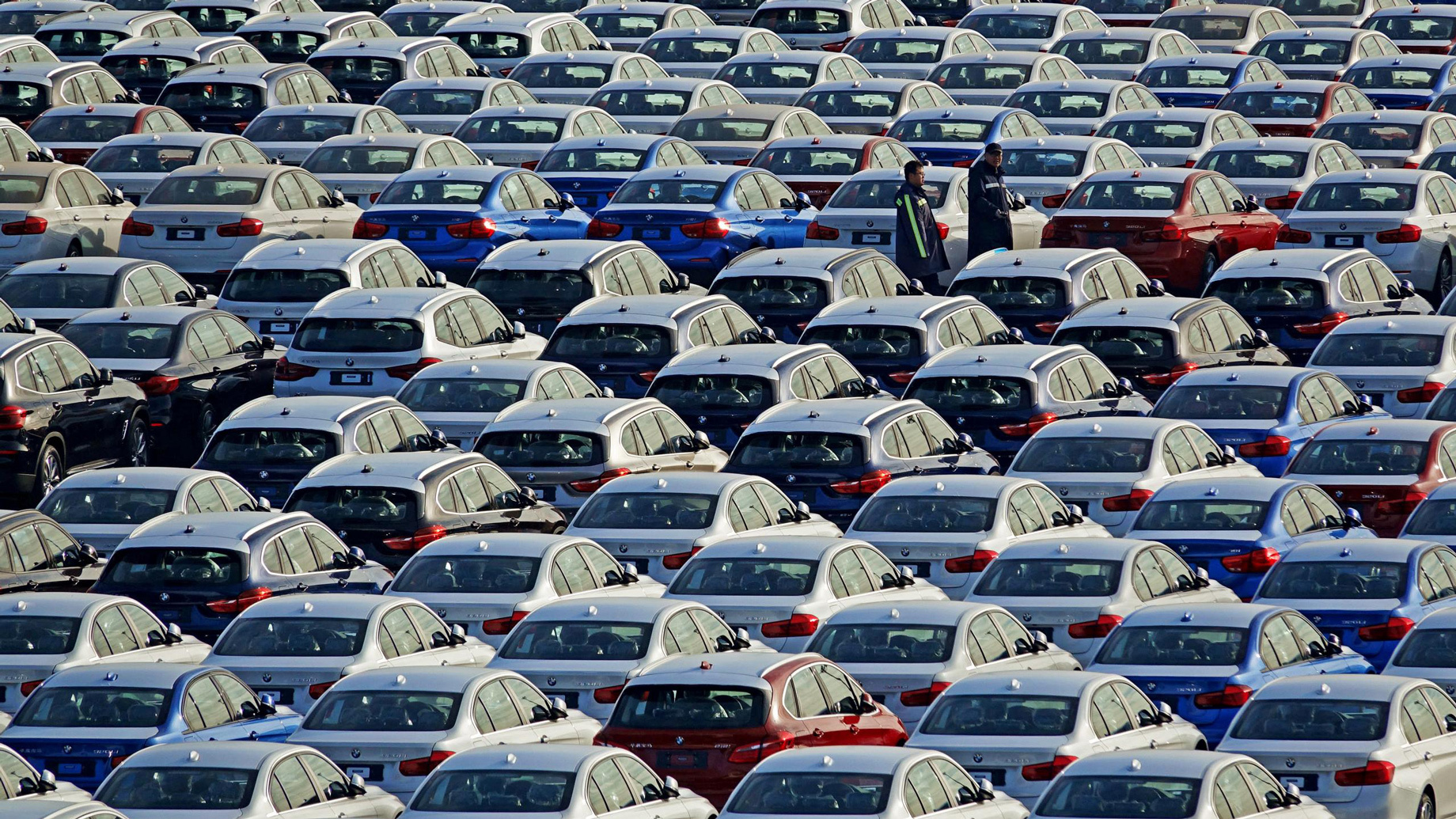 Европейские автозаводы прекратят производство из-за вируса
