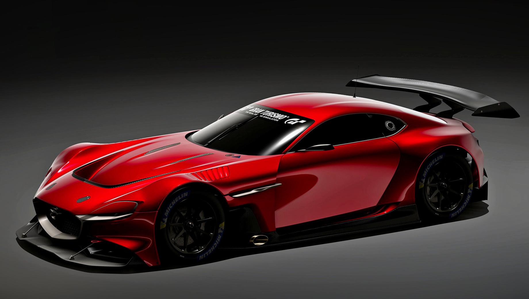 Mazda rx-vision,Mazda concept. За внешность цифрового купе отвечает шеф-дизайнер Икуо Маэда, который создавал концепт «в металле». Гоночный RX-Vision GT3 отличается аэродинамическим обвесом, фиксированным антикрылом, изобилием воздуховодов и выведенным в бок выпуском.