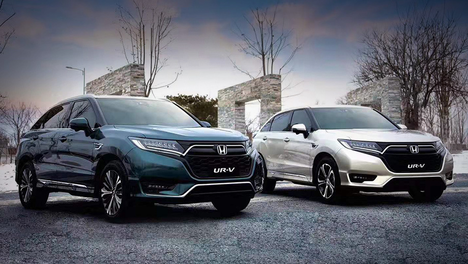 Honda ur-v,Honda avancier. У обеих моделей поменялись решётки, бамперы и светотехника. У UR-V передок теперь оформлен как у американской Хонды CR-V. Светодиодные фары те же, как и противотуманки в новом переднем бампере.