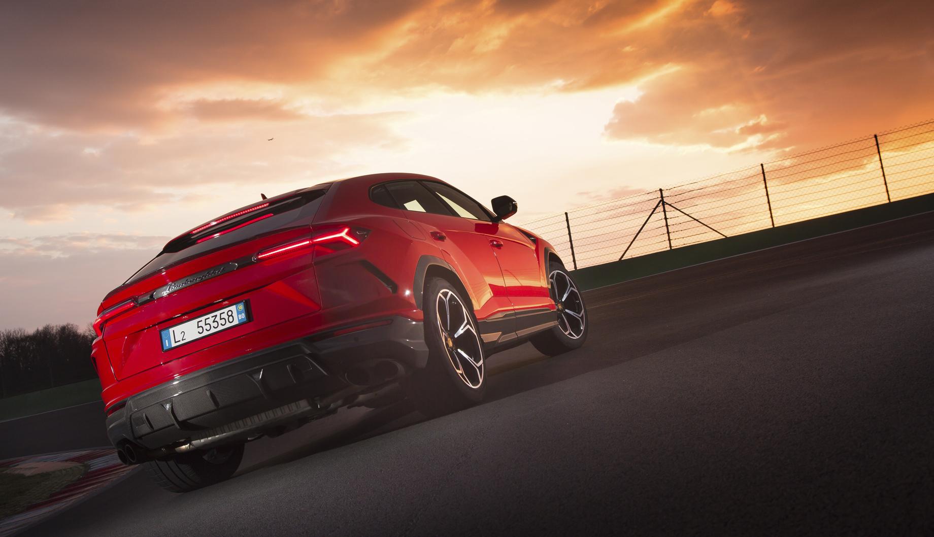 Купе Lamborghini V12 Squadra Corse опробовало свои силы натреке