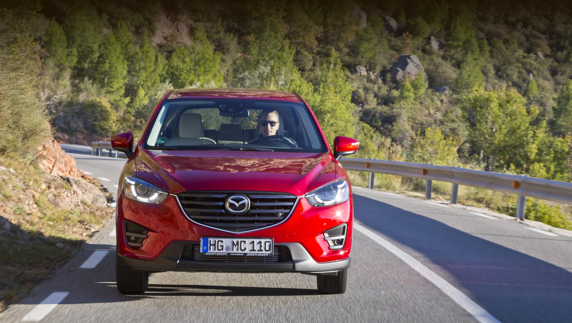 Кроссоверы Mazda CX-5 отозваны на ремонт ходовых огней