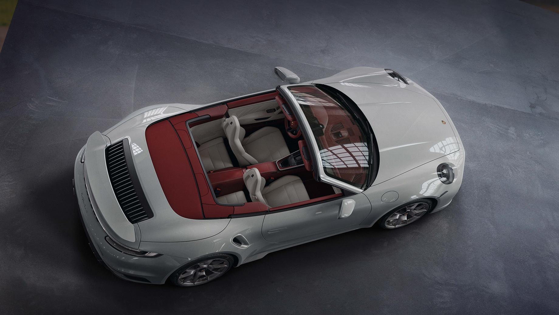 Интерьер Porsche 911 обогатился новыми вариантами отделки