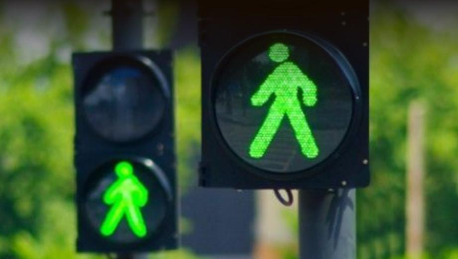 Россияне смогут управлять светофорами со смартфона