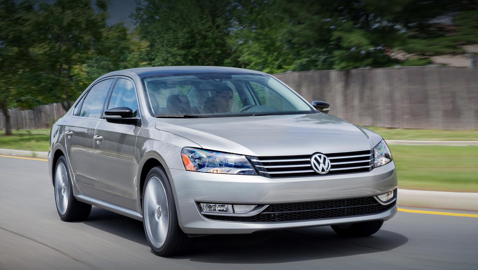 Volkswagen отзовёт 370 тысяч Пассатов и Жуков из-за подушек