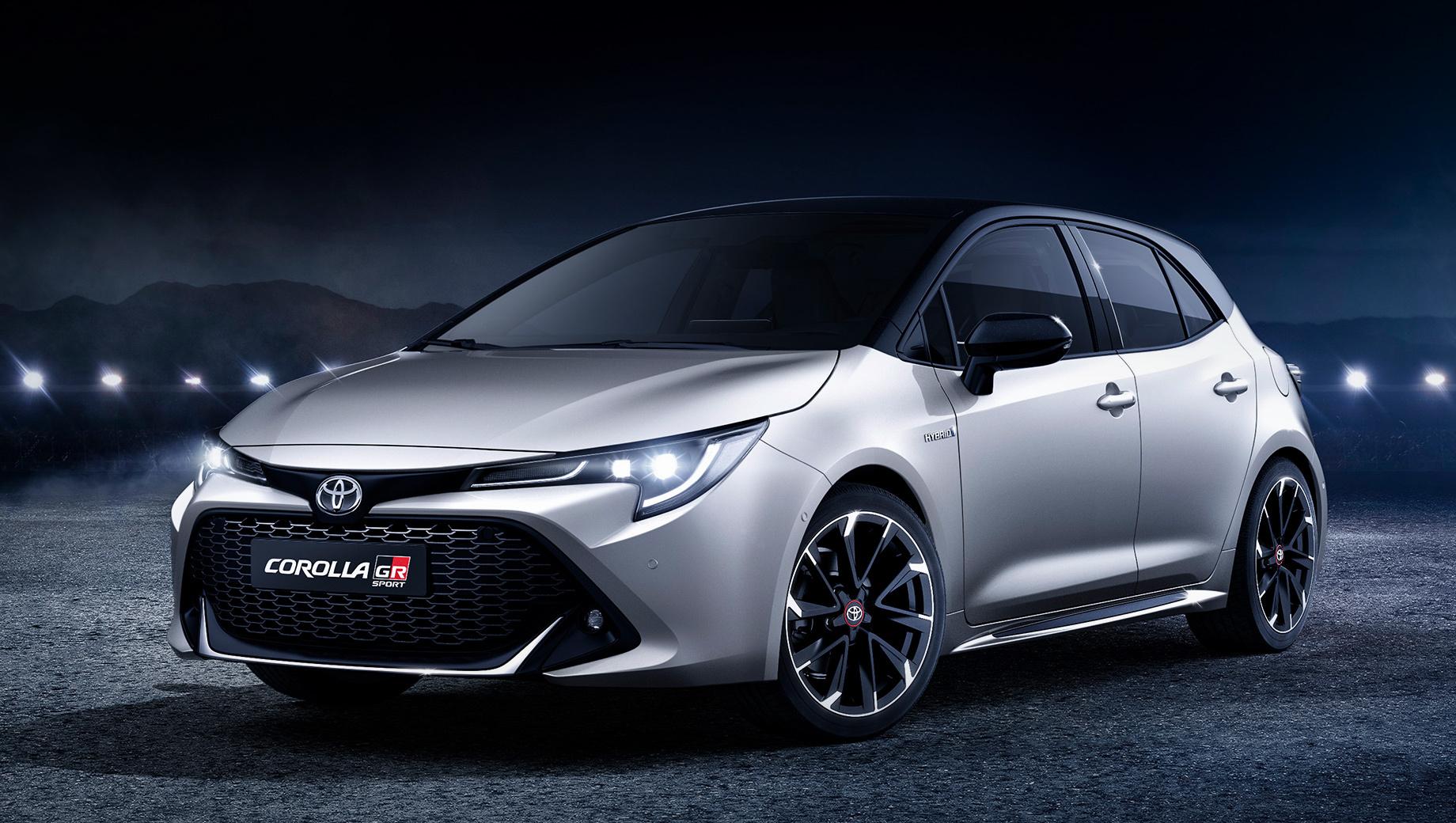 Toyota corolla,Toyota corolla gr. Пока самая спортивная Toyota Corolla на рынке доступна в исполнении GR Sport. По силовым агрегатам изменений никаких, но такие машины отличаются внешним декором, крупными колёсами и менее податливыми стабилизаторами поперечной устойчивости.