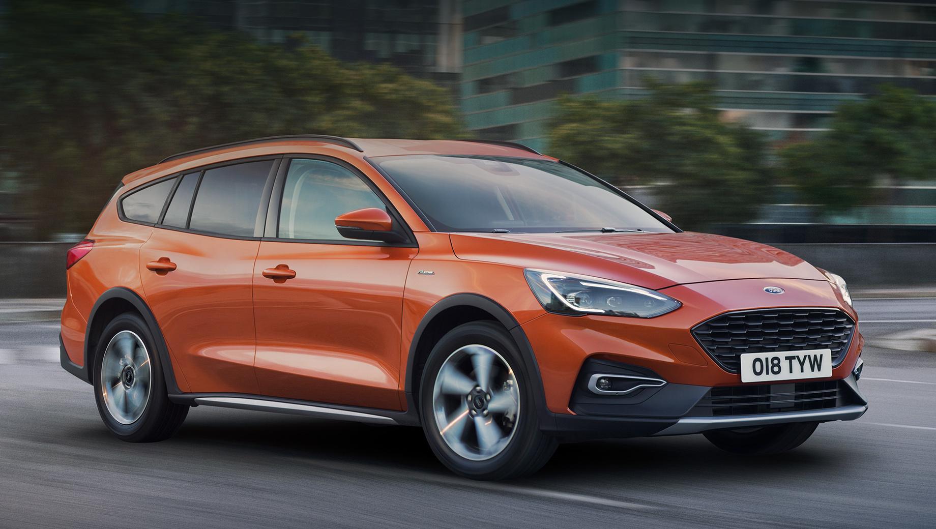 Ford focus,Ford focus active wagon. Китайский хэтч Focus Active внешне повторяет «активный» универсал для Европы (на фото). Причём «кроссоверность» не ушла в декор. У пятидверки тоже сзади многорычажная подвеска, а клиренс увеличен на 30 мм (до 150).