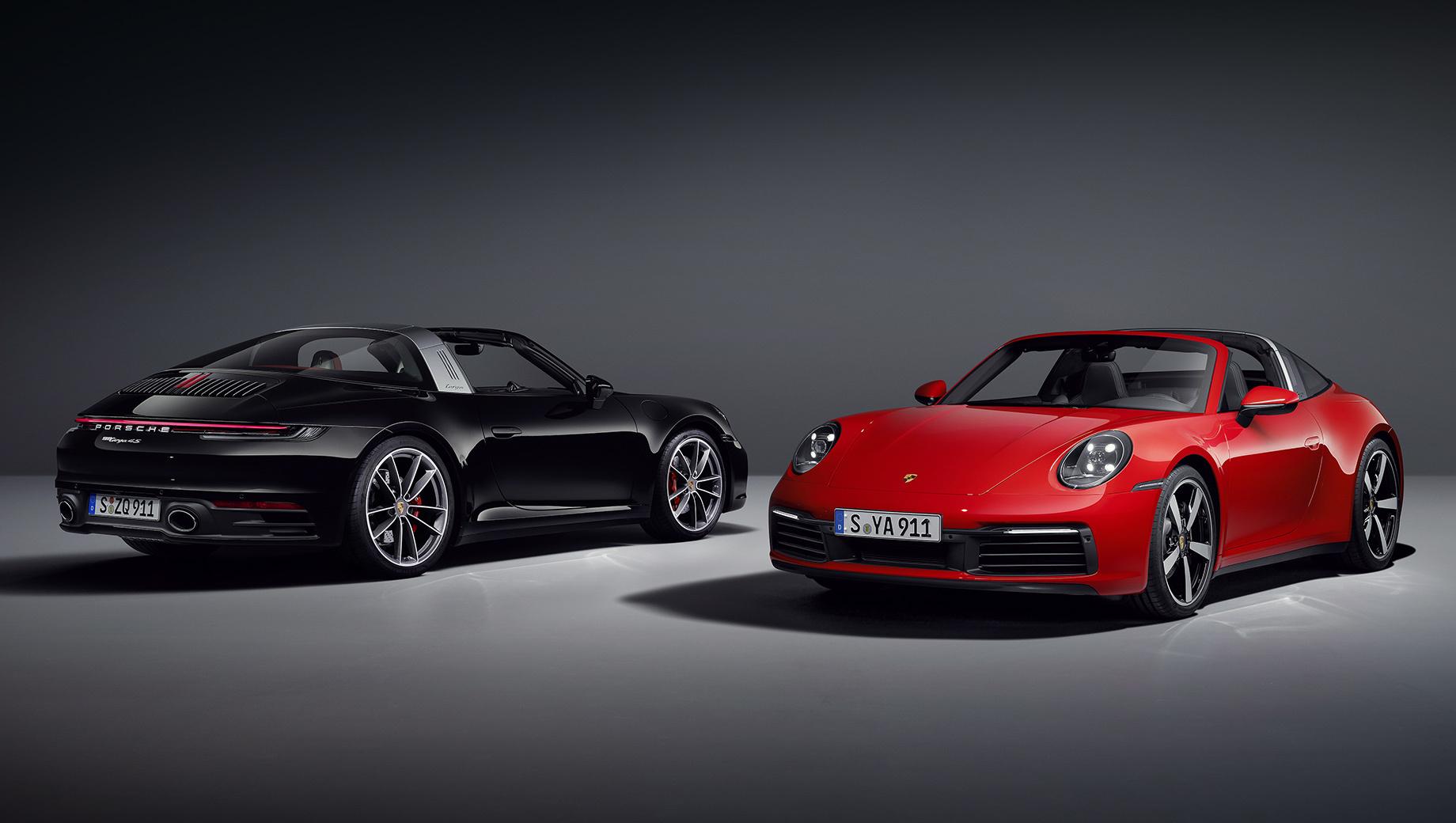 Porsche 911,Porsche 911 targa. Максимальная скорость у Тарги 4 составляет 289 км/ч вместо прежних 287, а у версии 4S — 304 вместо 301 км/ч. Спереди и сзади Targa 4 оснащается четырёхпоршневыми тормозами, а Targa 4S — передними механизмами с шестью поршнями. Углеродокерамика — опция.