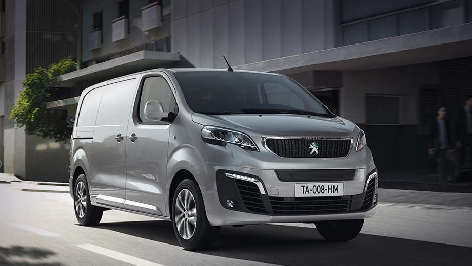 Peugeot expert,Peugeot e-expert. По умолчанию Peugeot e-Expert предлагает водителю выбрать уровень отдачи электромотора. Режим Eco подразумевает показатели на уровне 82 л.с. и 190 Н•м, а в сетапе Normal — 109 и 210 соответственно. А в ипостаси Power отдача возрастает до 136 л.с. и 260 ньютон-метров.