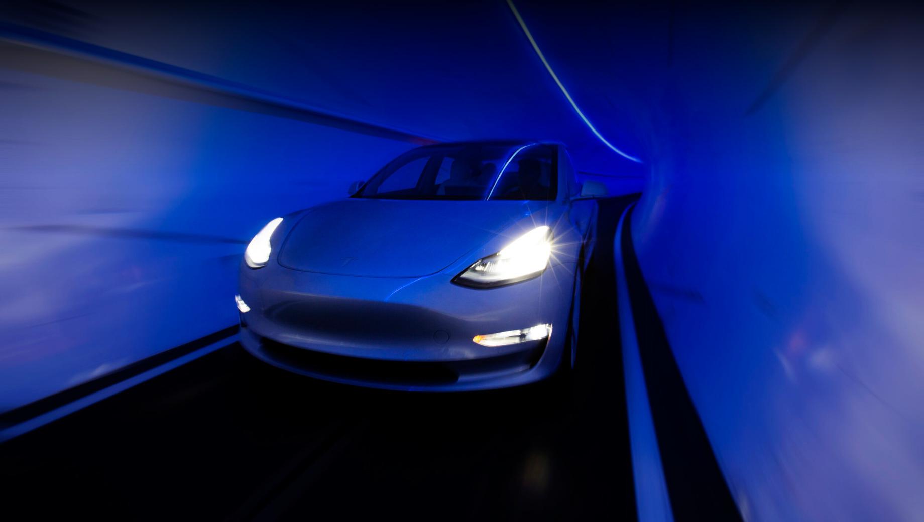 Tesla и The Boring Company совместно создадут вэн