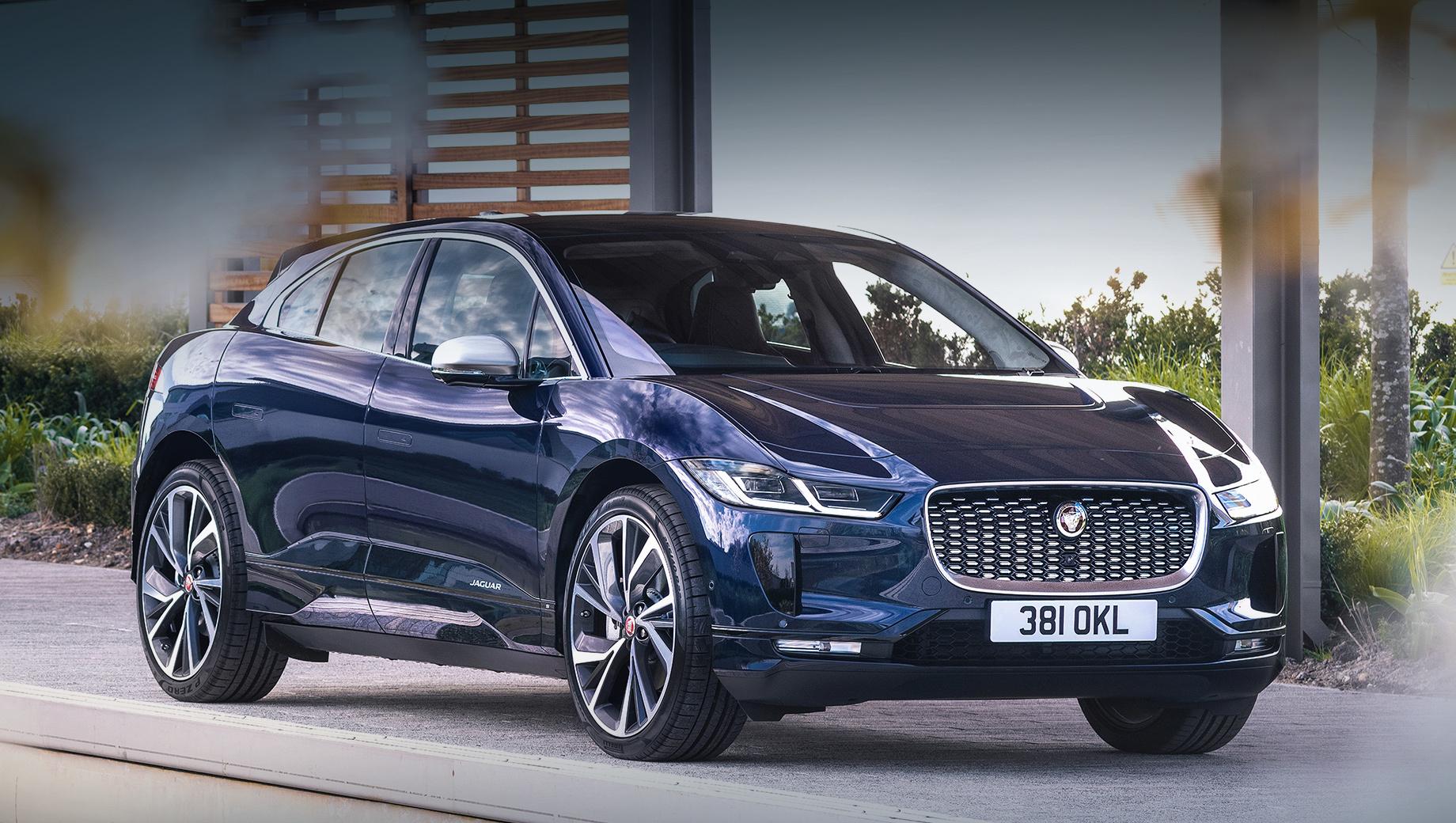 После обновления Jaguar I-Pace прибавил в технологичности