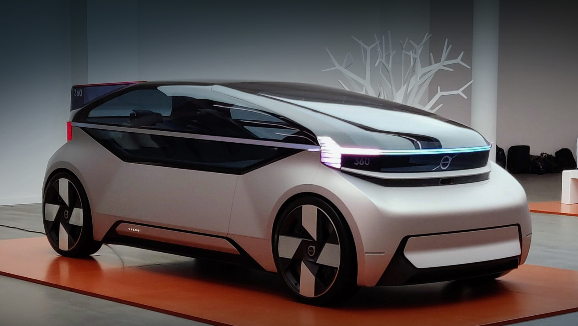 Volvo Car Group договорилась с Waymo о партнёрстве