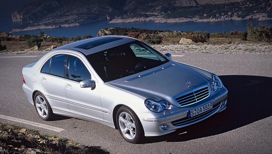 Mercedes c,Mercedes cls,Mercedes clk,Mercedes e. Неприятности с прозрачной крышей возникают нечасто. Вспоминаются только Volkswagen Beetle, Tiguan, Mitsubishi Outlander, Audi Q5 и Cadillac ATS.