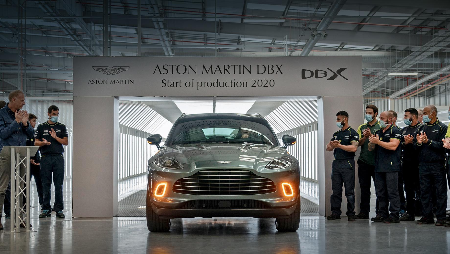 Первый серийный Aston Martin DBX сделали на заводе в Уэльсе