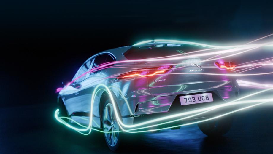 Старт электрокара Jaguar XJ отложен почти на год