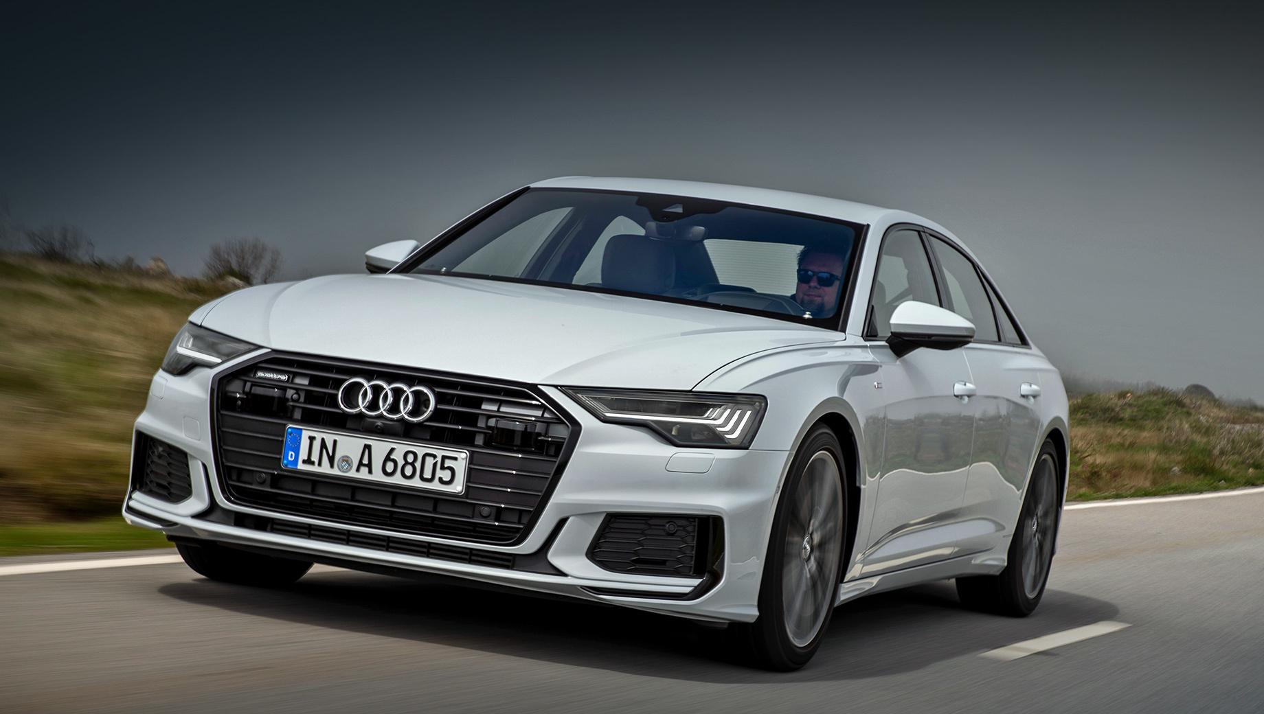 Audi a6,Audi a5,Audi a4,Audi q5. Audi A6 с 23 июня находится «в розыске» из-за неполадок в системе экстренного вызова. Год назад у седанов обнаружилась утечка антифриза.