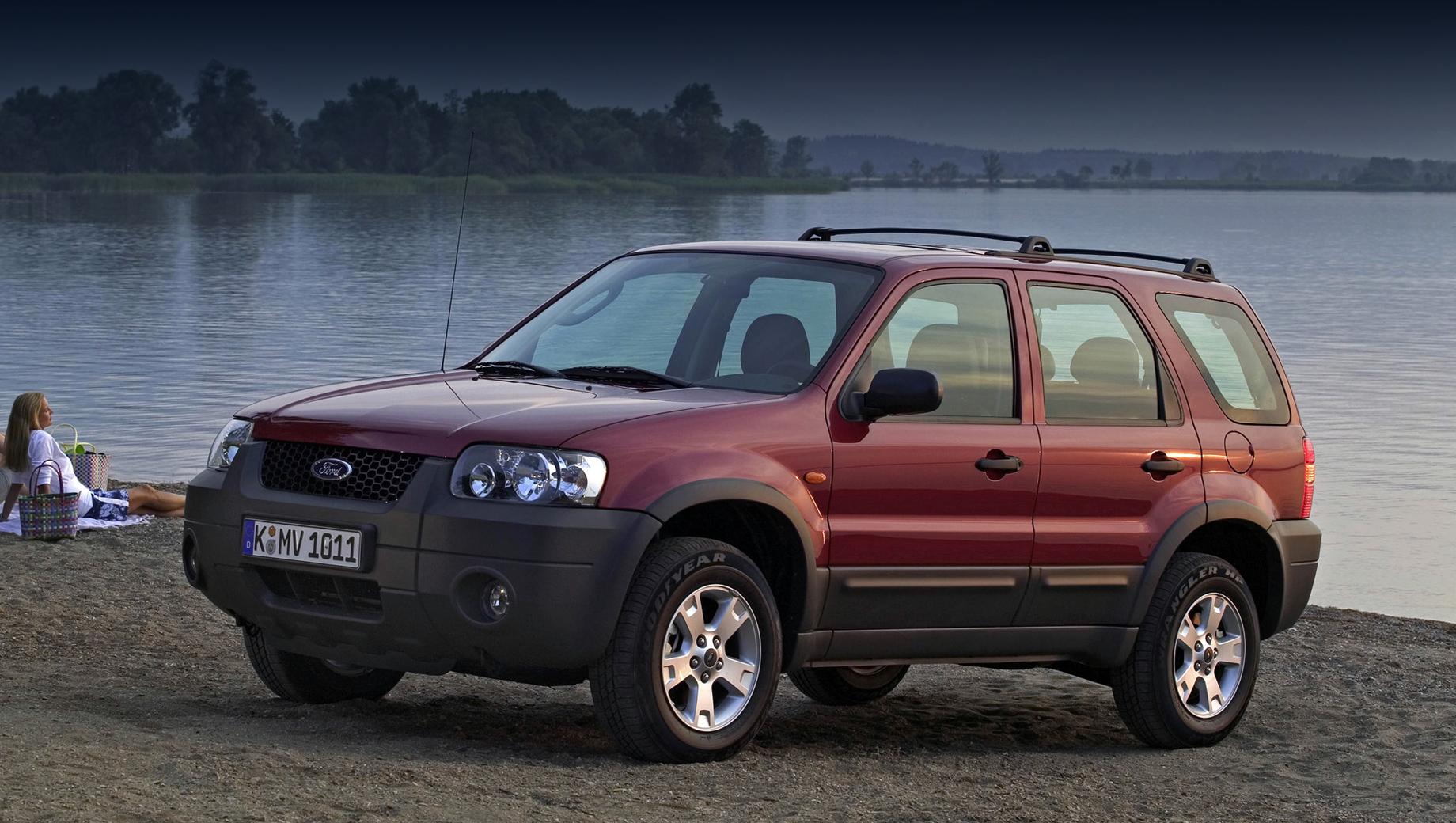 Ford bronco sport,Ford maverick,Ford courier. Таким был последний Ford Maverick — кроссовером с несущим кузовом на платформе Ford CD2, разработанной совместно с Маздой, с бензиновыми моторами 2.0, 2.3, 3.0, передним приводом и опциональным полным.