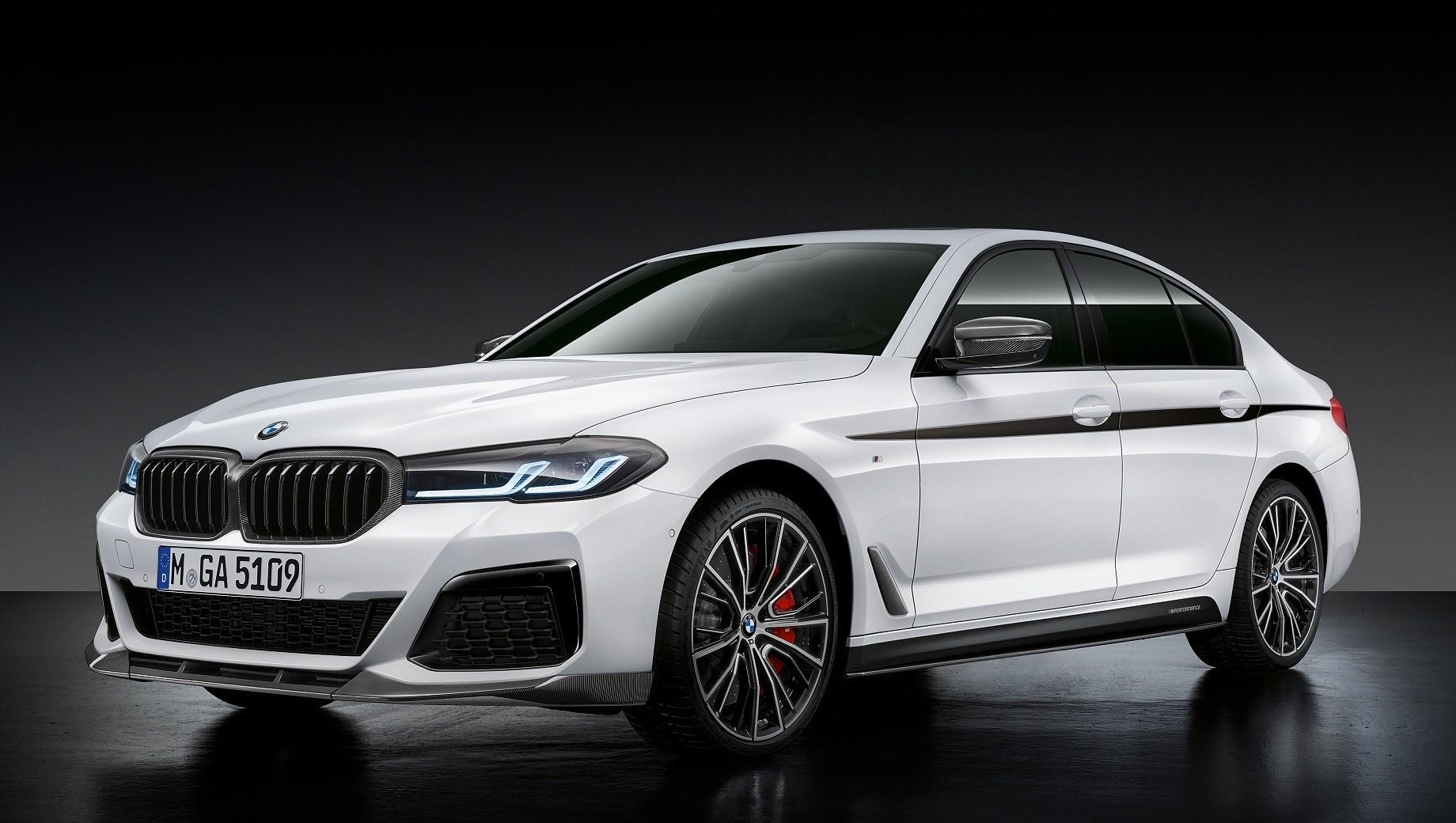 «Пятёрка» BMW обзавелась деталями M Performance