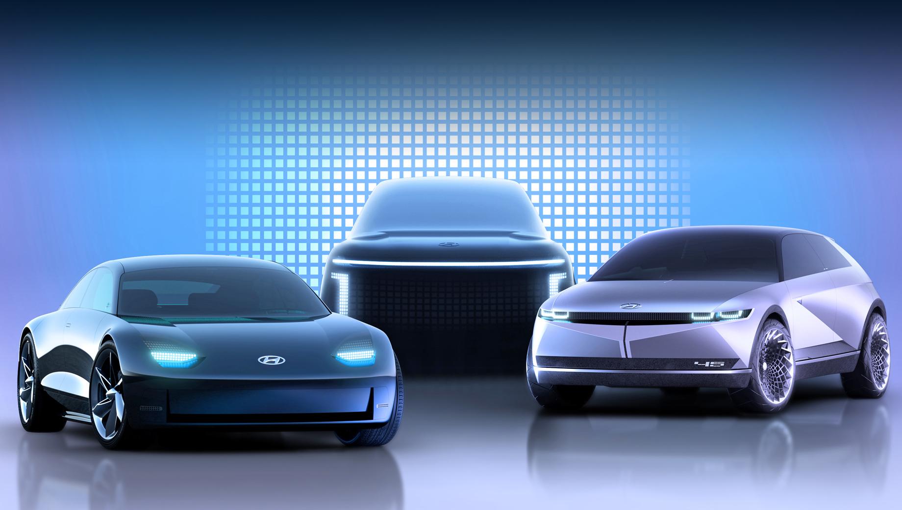 Hyundai ioniq,Hyundai 45,Hyundai prophecy,Hyundai ev prophecy,Hyundai ioniq electric. Два концепта, предвещавшие серийные Ионики, мы уже видели: это Prophecy и 45 (на переднем плане). А третий шоу-кар ещё только готовится к премьере.