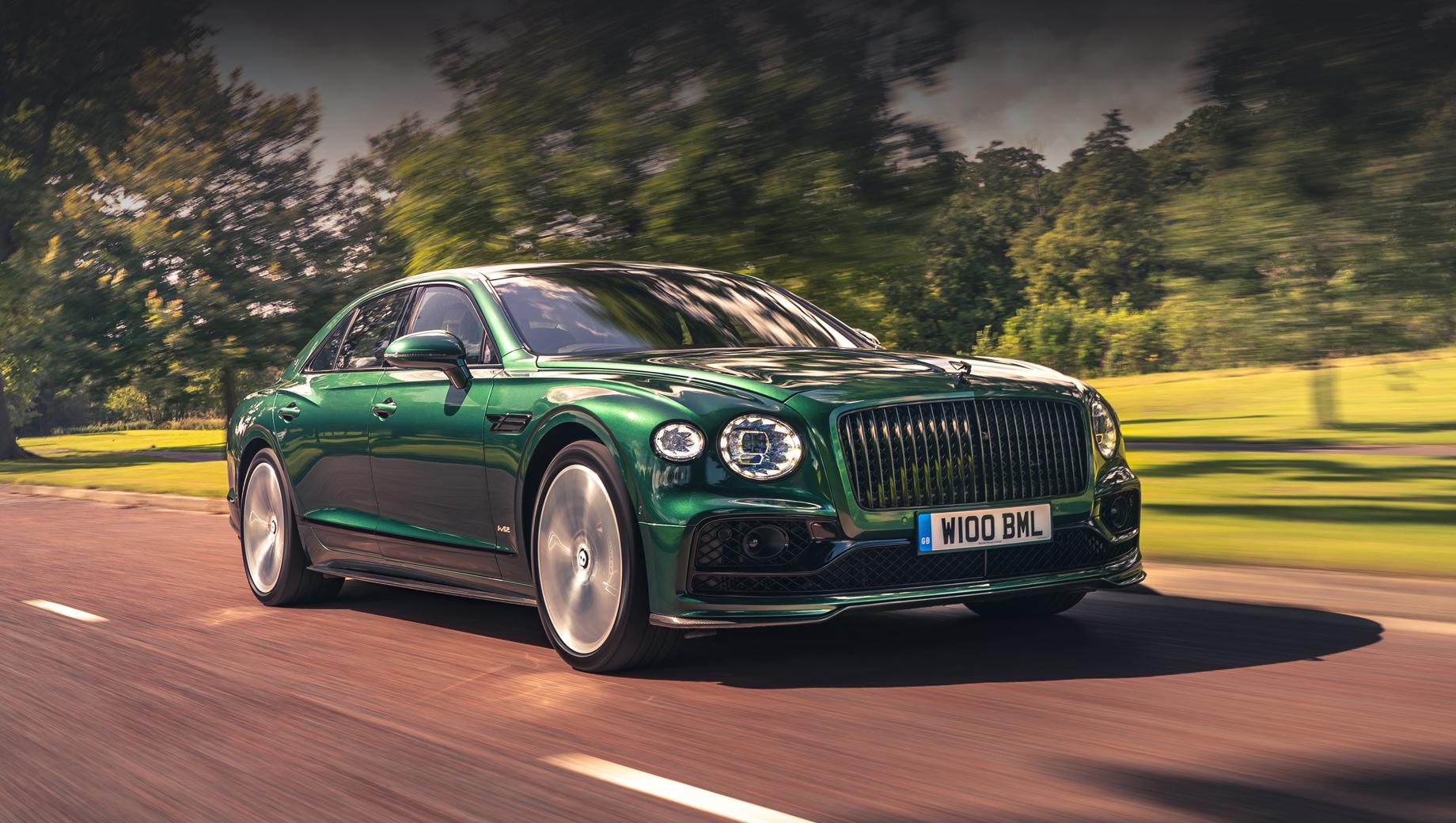 Bentley flying spur. В новый набор вошли сплиттер, накладки на пороги, задние диффузор и спойлер. Все они изготовлены вручную.