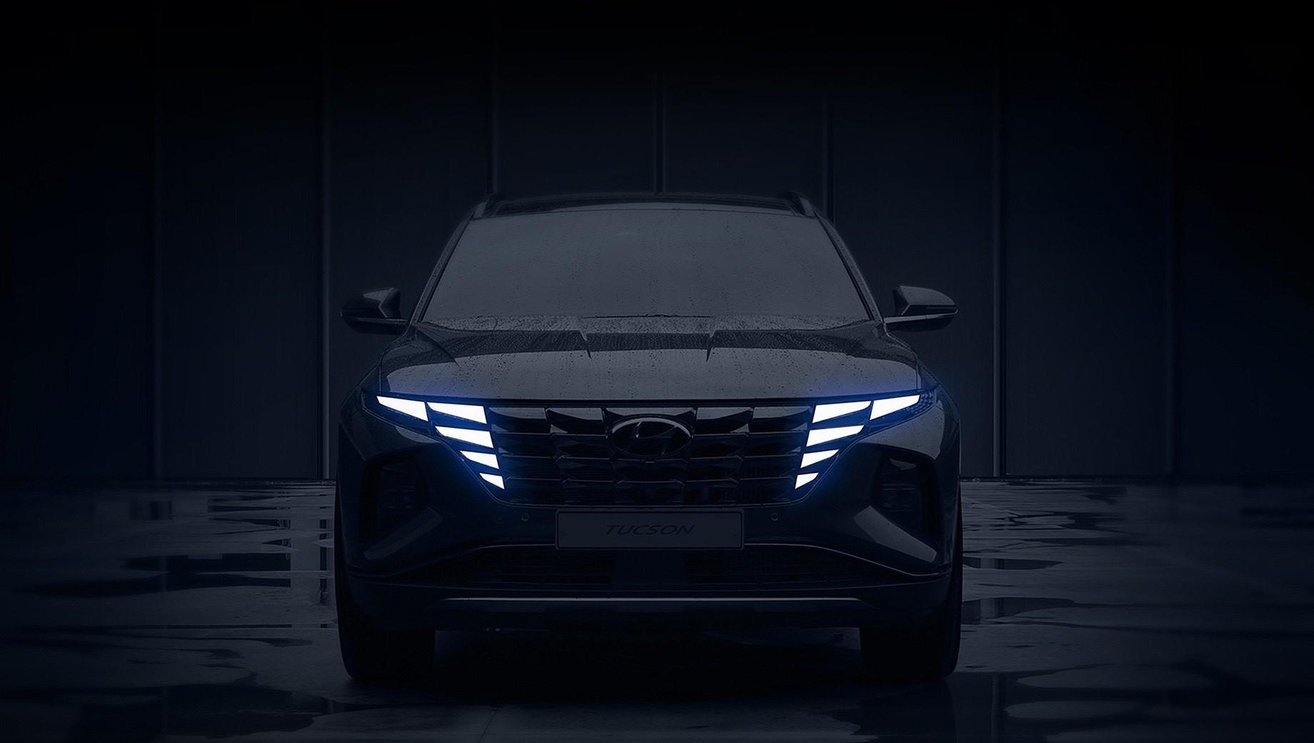 Hyundai tucson. На изображениях — почти серийный Hyundai Tucson, эволюционировавший из концепт-кара Vision T работы шеф-дизайнера бренда Саньюпа Ли. Не спутать бы Hyundai с Мерседесом EQC, хотя для Тусана это скорее плюс.