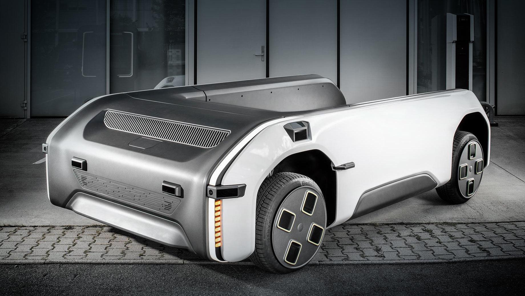 Электрокар DLR U-Shift будет автономно возить людей и грузы