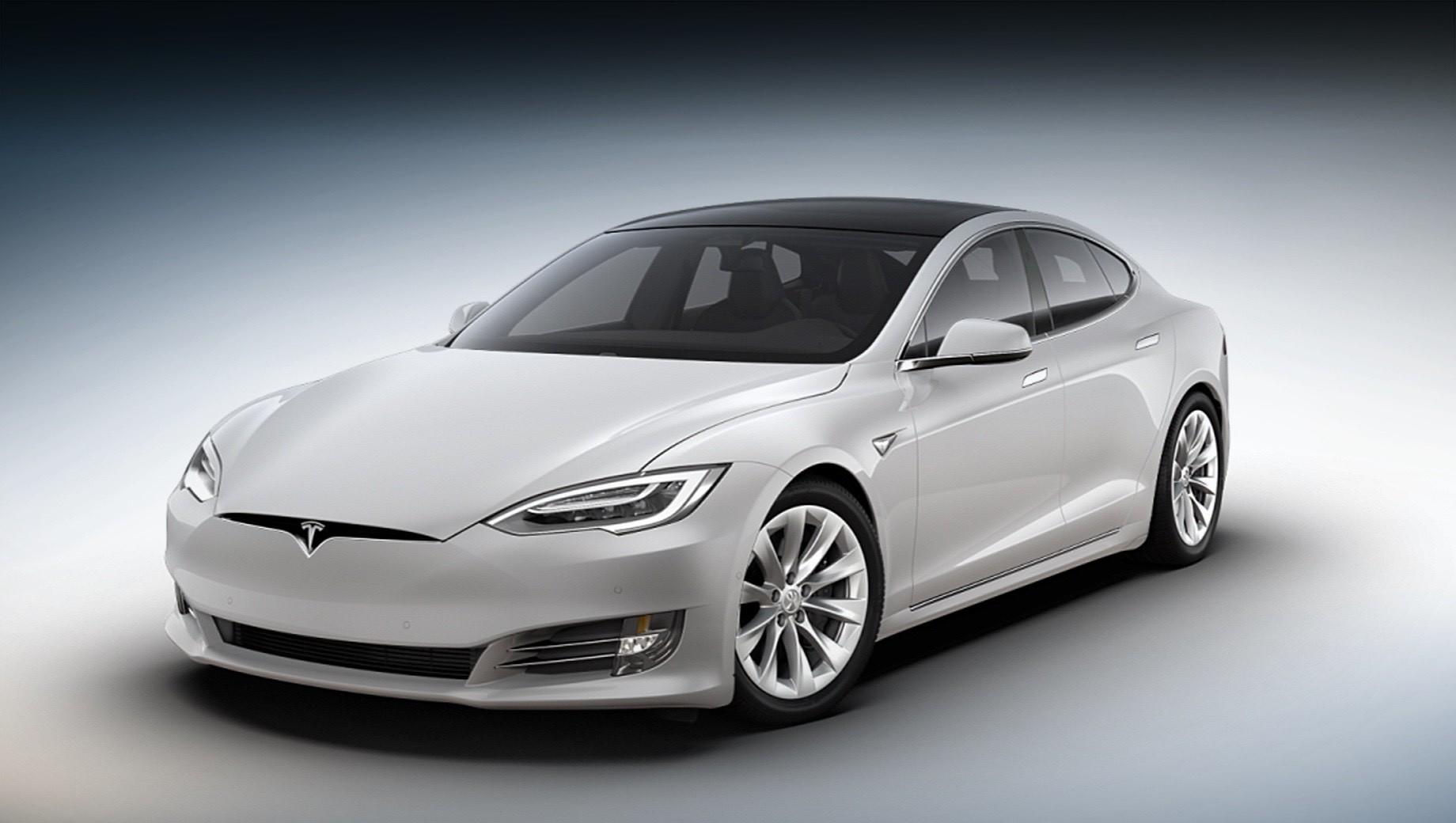 Tesla model s,Tesla model s plaid. В конкуренты Теслам всё чаще записывают электрокар Lucid Air. У него и правда есть что показать — на днях представители стартапа отчитались о прохождении круга Laguna Seca за 1:33. Но у версии Plaid уже готов ответ — 1:30.3.