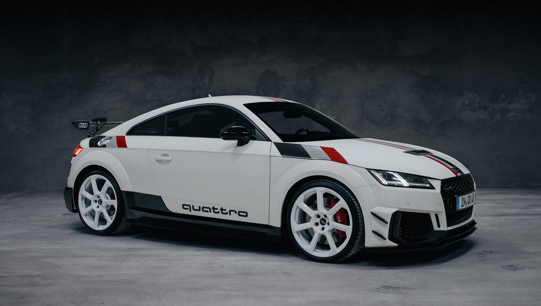 Audi TT RS 40 years of quattro появится только в Германии