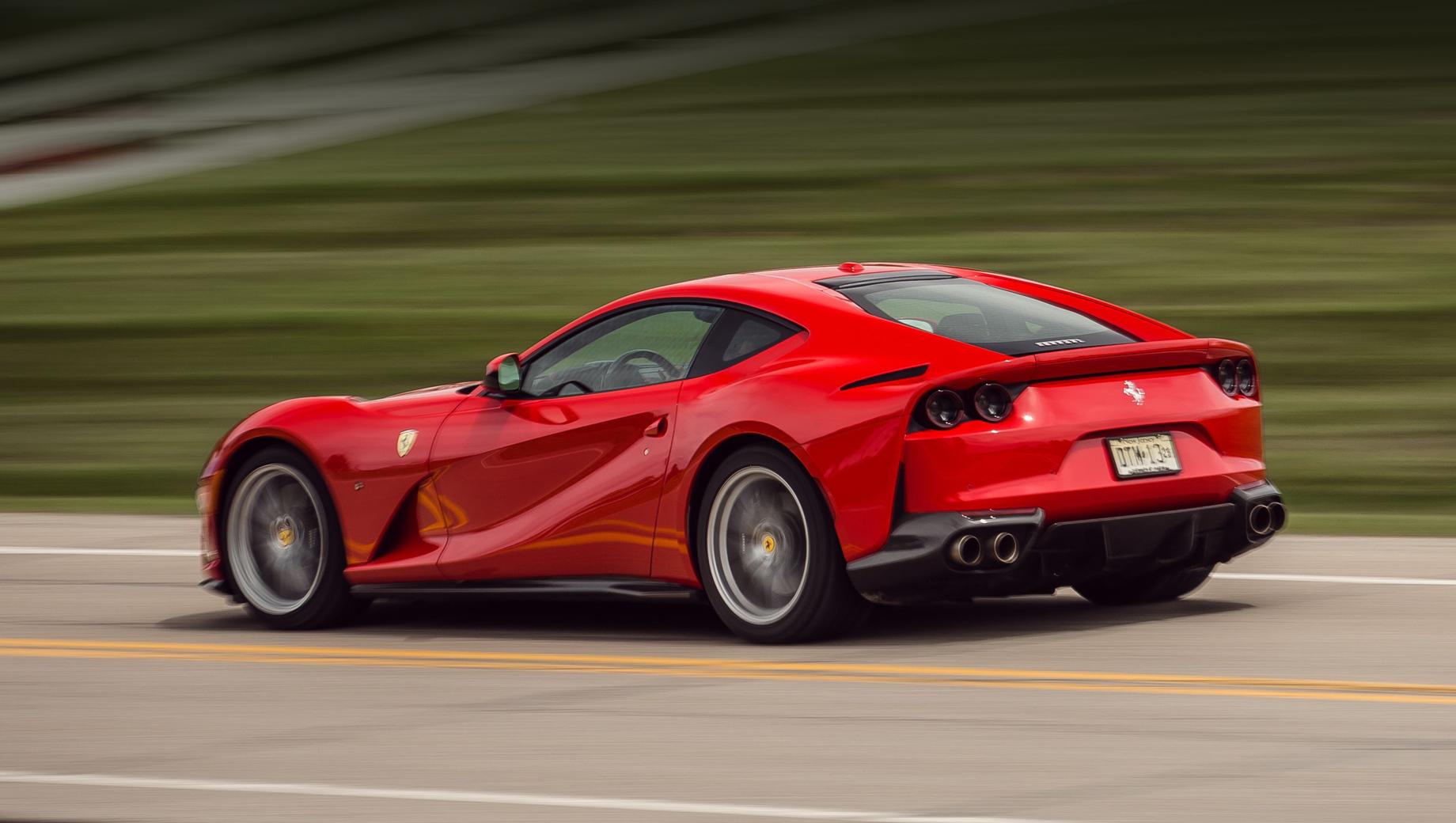 Ferrari и Mercedes удивили нетривиальными дефектами