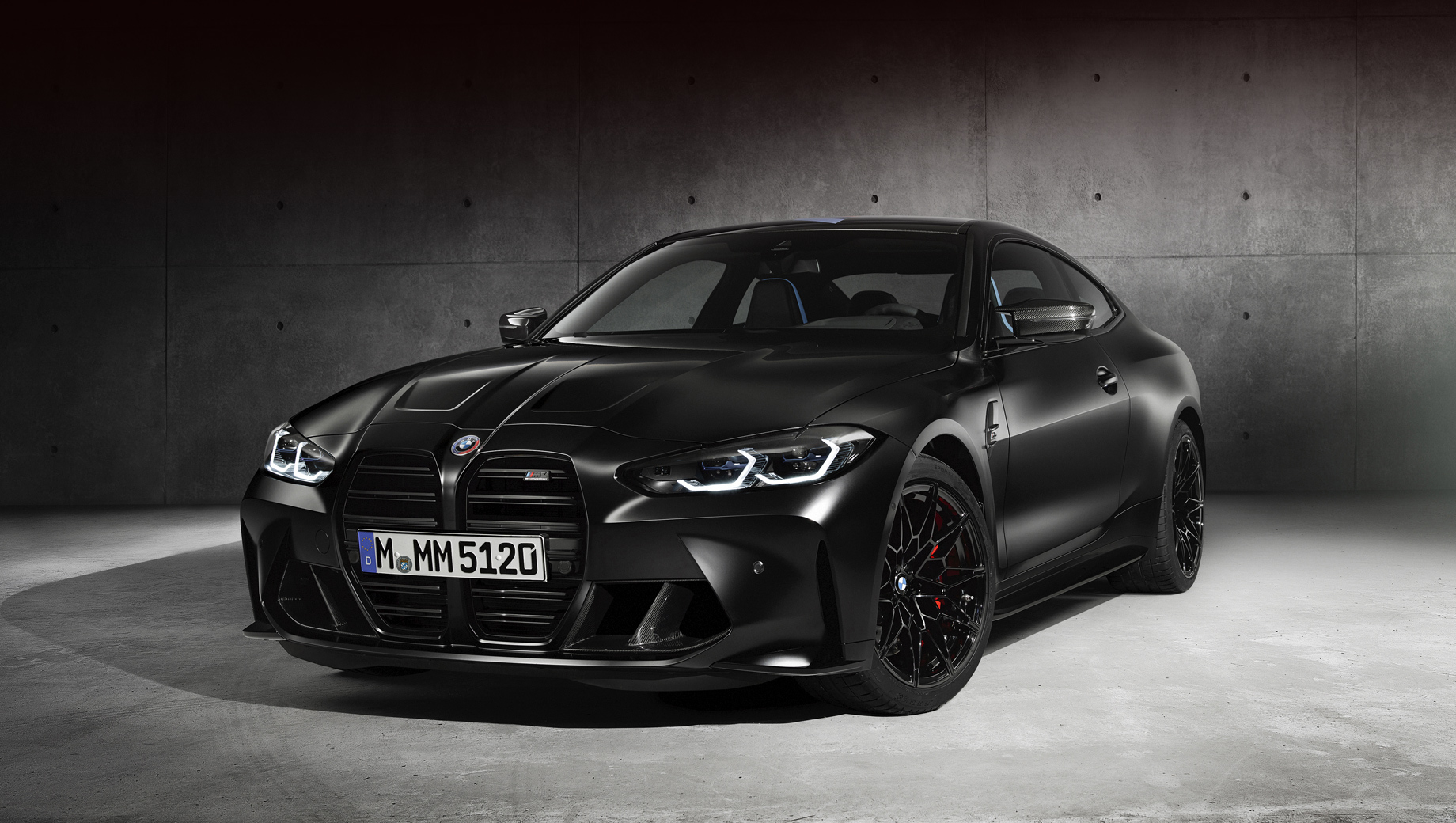 Bmw 4,Bmw m4. Купе из особой серии будут доступны исключительно с матовой окраской Frozen Black, Frozen Dark Silver или Frozen Brilliant White в честь трёх самых популярных цветов для BMW E30 M3.