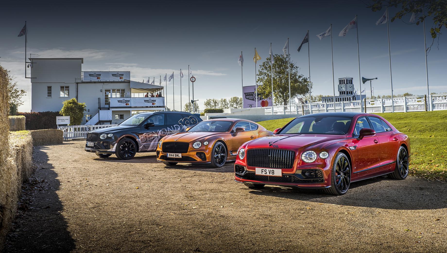 Bentley continental gt,Bentley flying spur. Для Bentley 2019 год был прибыльным, 2020-й по понятным причинам — проблемным (хотя итоги пока не подведены), ну а в 2021-м марке нужно будет подтвердить финансовую состоятельность, повышая продажи вместе с сокращением издержек.