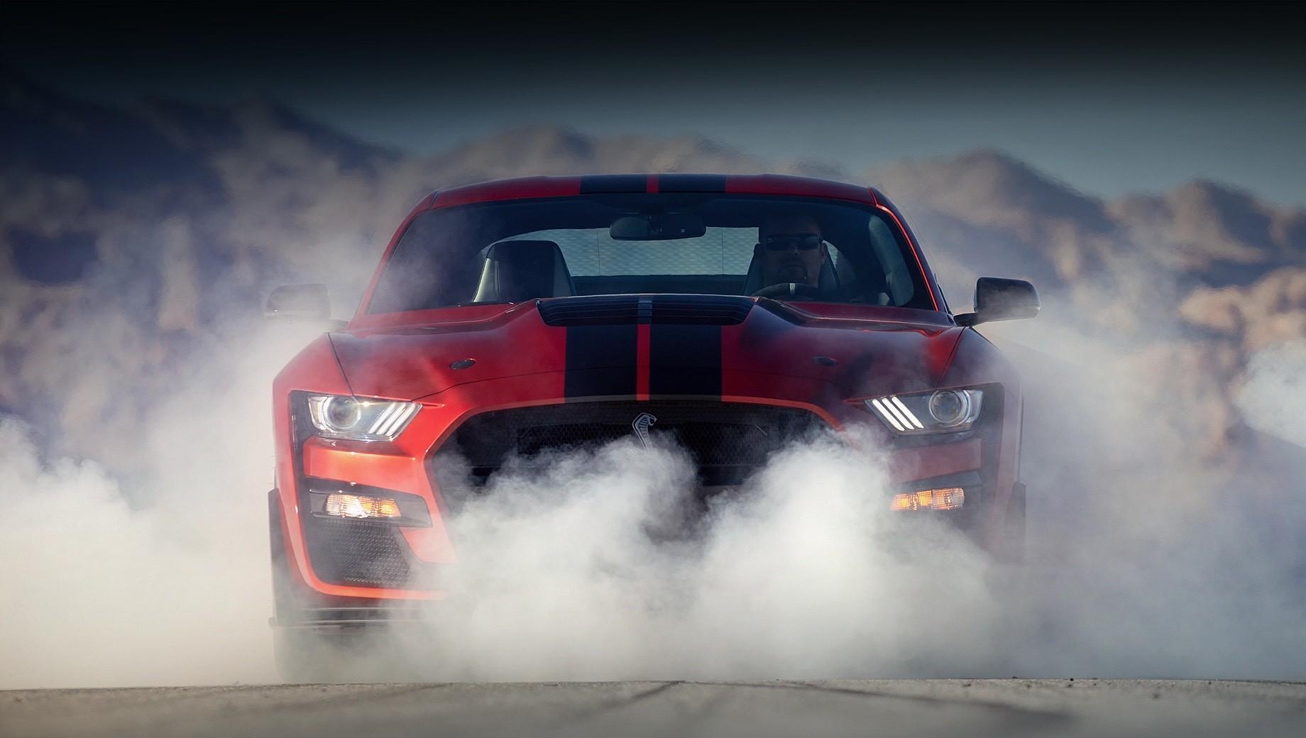 Ford mustang,Ford f-150. Нынешний Ford Mustang в наиболее производительных версиях оснащается восьмицилиндровыми моторами 5.2 серии Voodoo и Predator, но в следующем поколении, по слухам, модель обзаведётся «восьмёркой» типа pushrod со штанговым приводом клапанов.