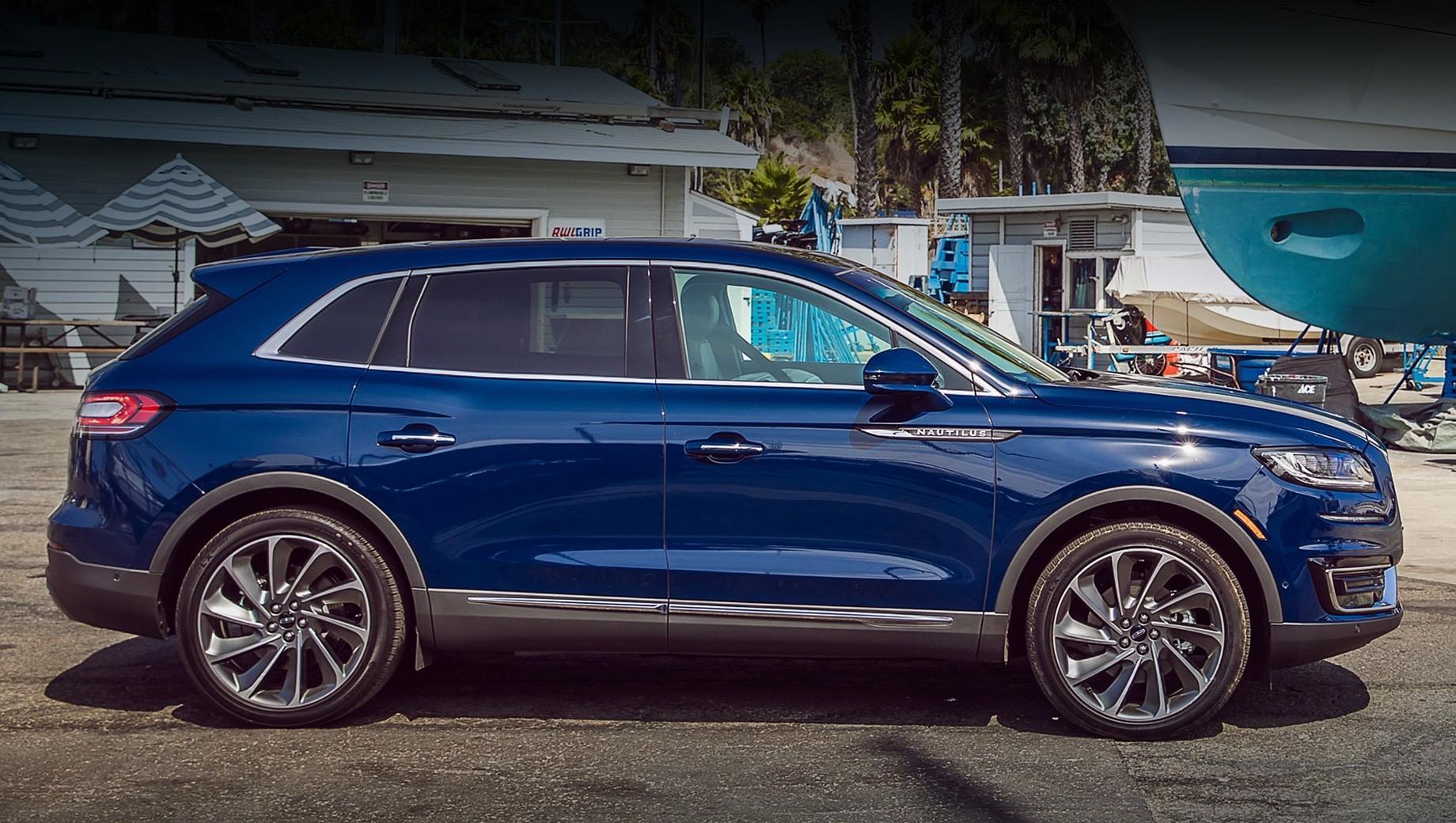 Lincoln nautilus. Сегодня Lincoln Nautilus замыкает десятку самых продаваемых машин в своём классе, уступая на рынке США европейским и большинству японских конкурентов. Модель оснащается турбомоторами 2.0 (253 л.с.) и V6 2.7 (340 л.с.) и оценивается минимум в $41 040 (3,15 млн рублей).