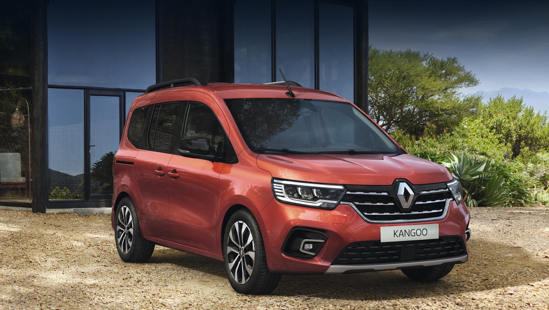Новый Renault Kangoo удивил гигантским дверным проёмом