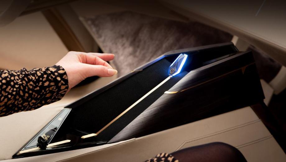 Ds aero sport. Обсуждаемое устройство впервые появилось в концепте DS Aero Sport Lounge, представленном в феврале. Но тогда о разработке было сказано совсем мельком. Теперь партнёры раскрыли детали.