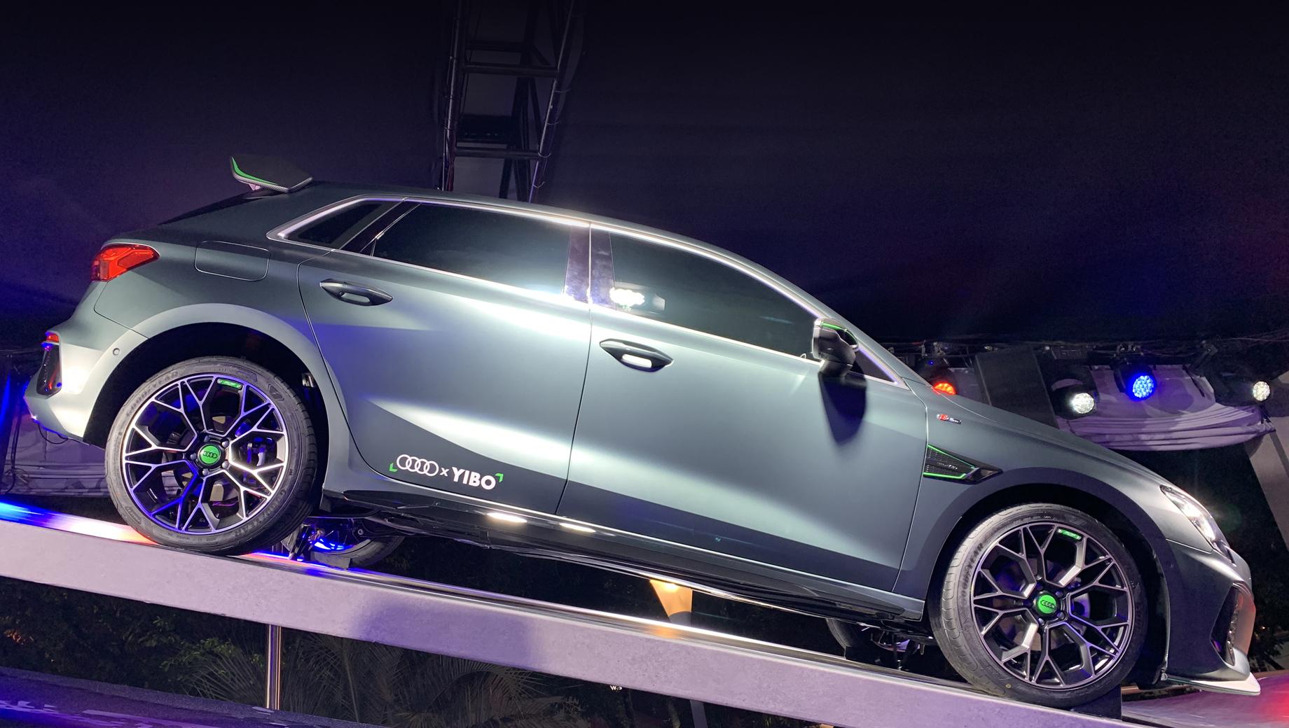 Audi a3. Вытянутому сплиттеру и крупному антикрылу с торцевыми пластинами позавидуют даже S3 с RS 3.