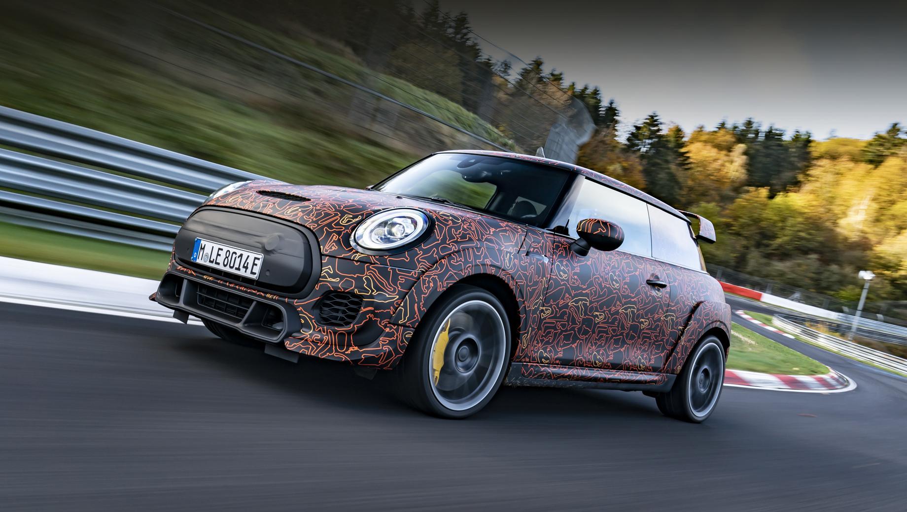 Mini jcw electric,Mini hatch. «Пришло время применить страсть бренда John Cooper Works к электромобильности», — сказал глава марки MINI.