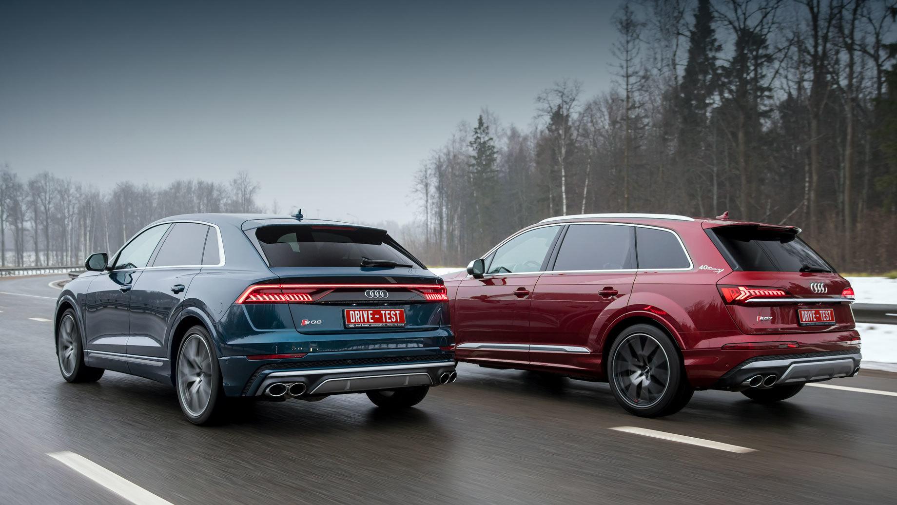Audi sq7,Audi sq8. Имиджевый хэтчбек «в базе» на 150 000 рублей дороже универсала за 7,2 млн. Шины шириной 285 мм потребовали установки дополнительных сертификационных накладок на крылья универсала, а SQ8 они не нужны.