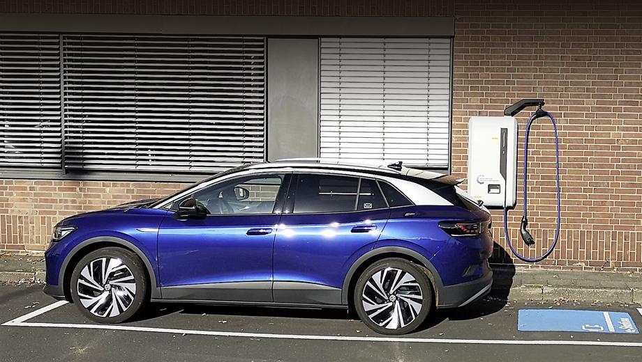 Фирма Volkswagen начала испытания новой зарядки
