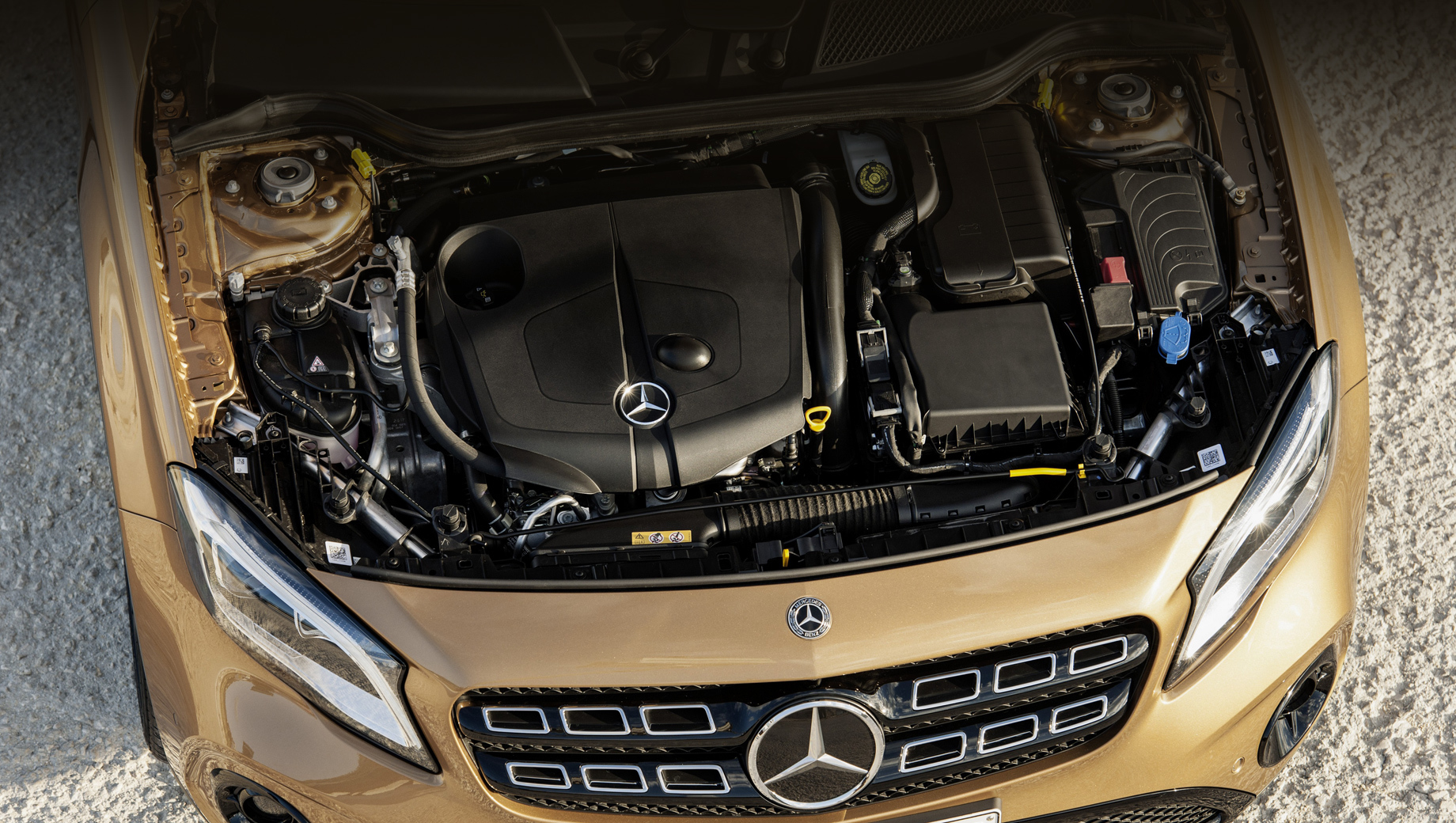 Mercedes a,Mercedes gla. Всего под новый отзыв попало 104 автомобиля. Их коды VIN можно скачать со страницы Росстандарта.