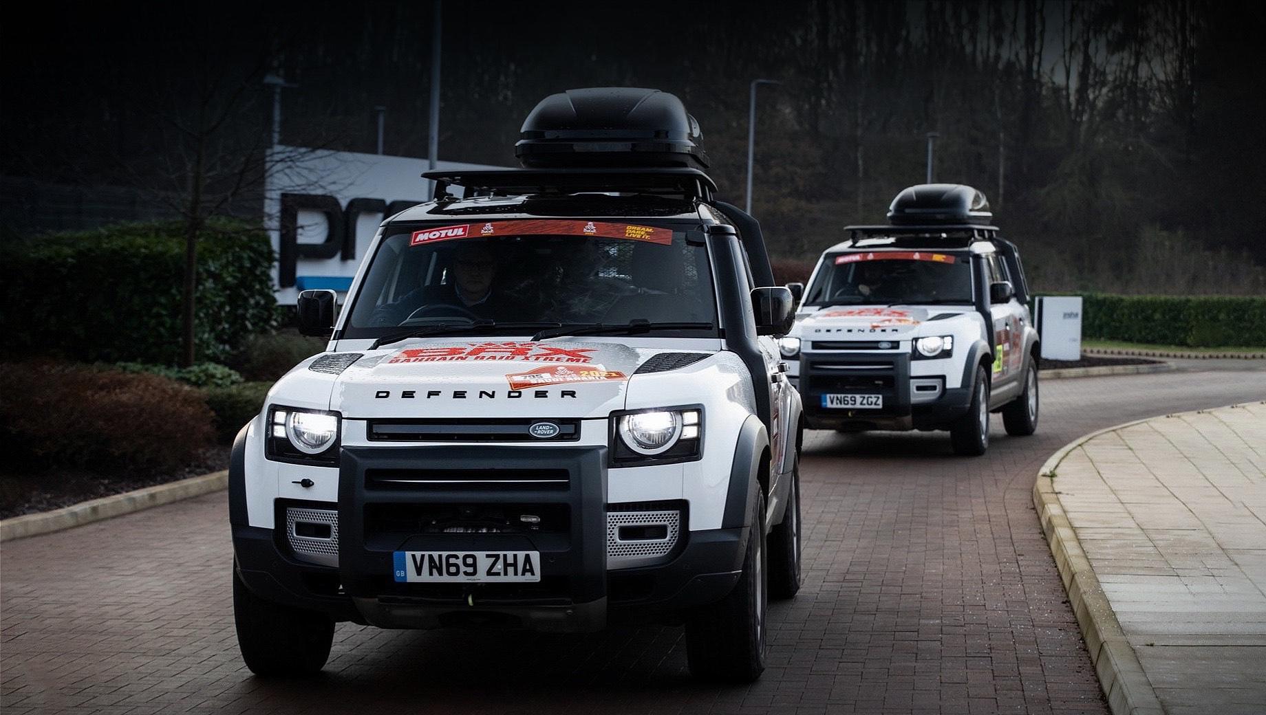 Land rover defender. Парочка внедорожников Land Rover Defender 110 P400 MHEV будет транспортировать персонал команды и оборудование в рамках 13-дневного раллийного марафона, который будет состоять из 12 этапов протяжённостью 7646 км.