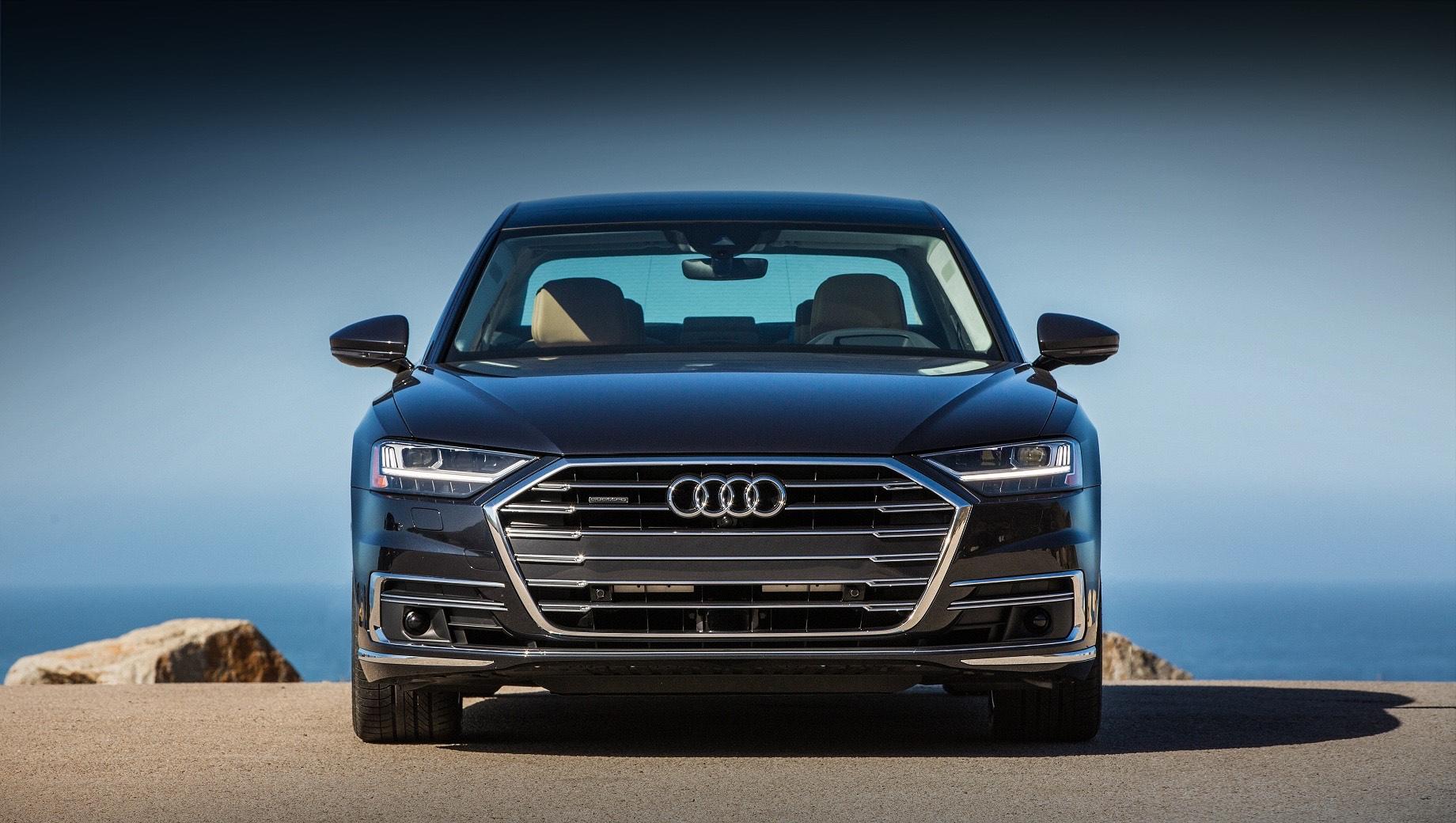 Audi a8,Audi a8 horch. Нынешняя модель Audi A8 (на фотографии) уступает по продажам «семёрке» BMW и уж тем более Мерседесу S-класса как на европейском, так и на американском рынках. Появление Хорьха едва ли кардинально изменит расклад, но престижа «четырём кольцам» добавит.