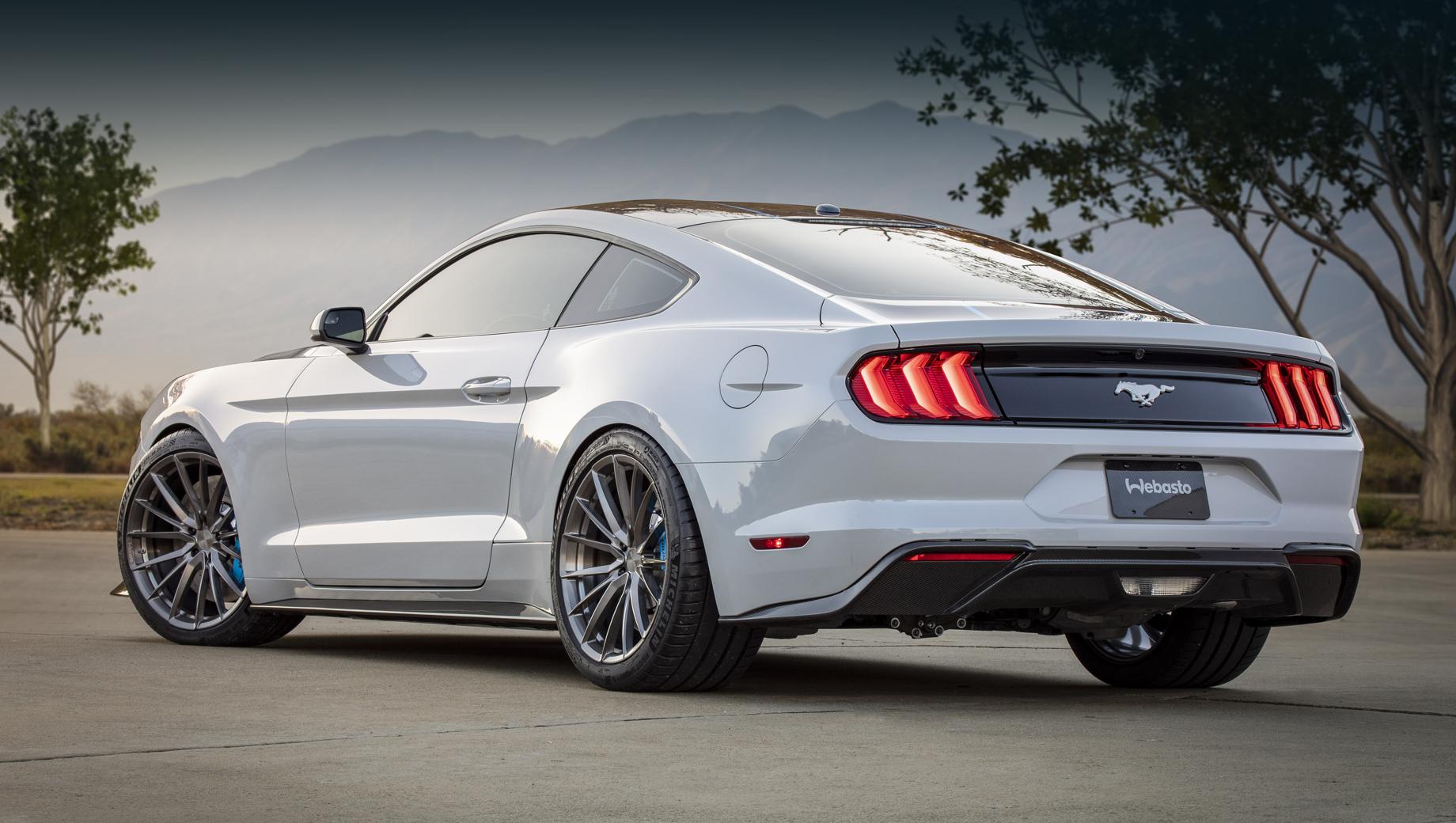Двухдверный Ford Mustang проживёт с ДВС ещё семь лет