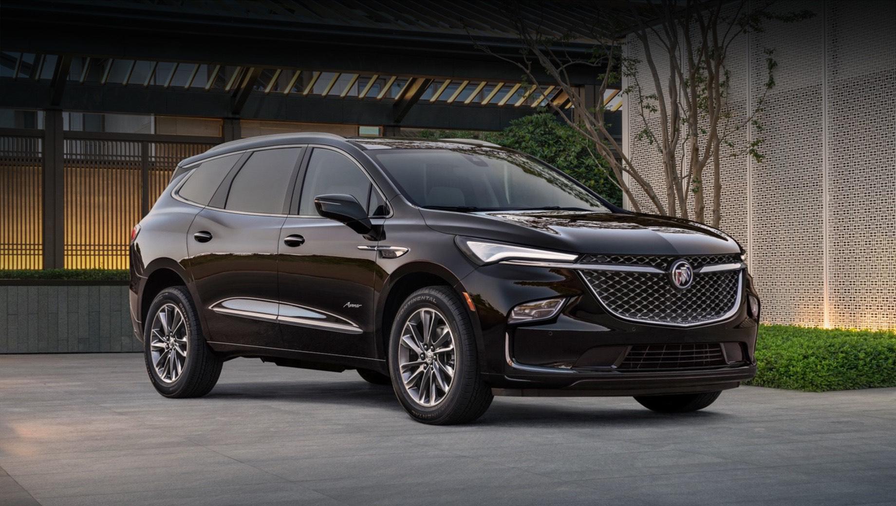 Buick Enclave серьёзно изменился внешне после рестайлинга