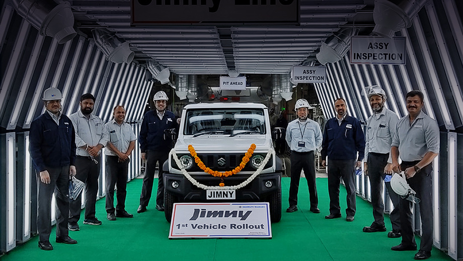 Suzuki maruti,Suzuki jimny,Suzuki maruti  jimny. Вездеходу в Гургаоне выделена отдельная производственная линия Jimny Line. Гендиректор Maruti Suzuki Кенити Аюкава отметил, что запуск Jimny вносит свой вклад в программу «Make in India», продвигаемую правительством Индии.