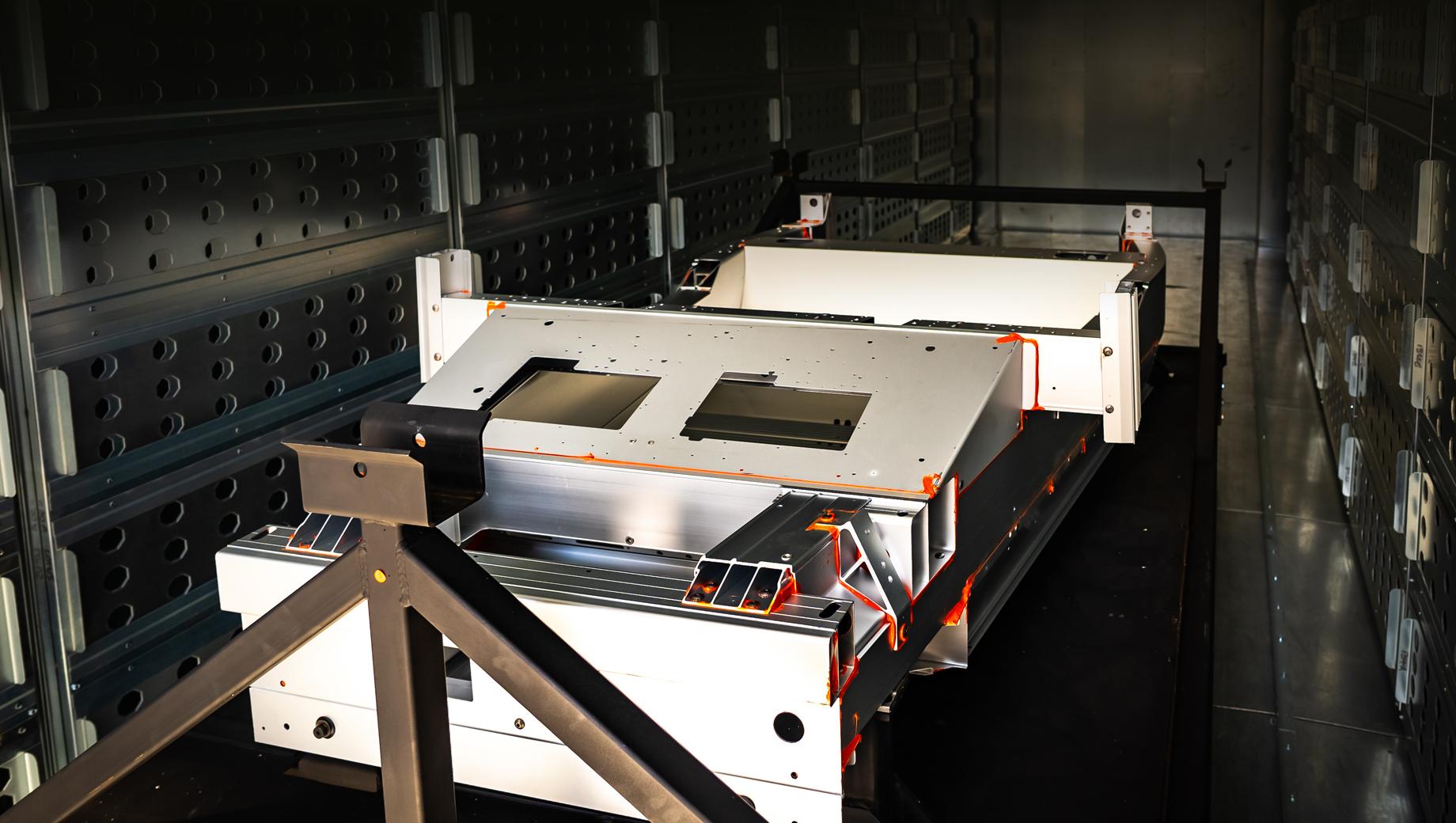 Фирма Lotus запустила завод в Норидже и подружилась с Alpine