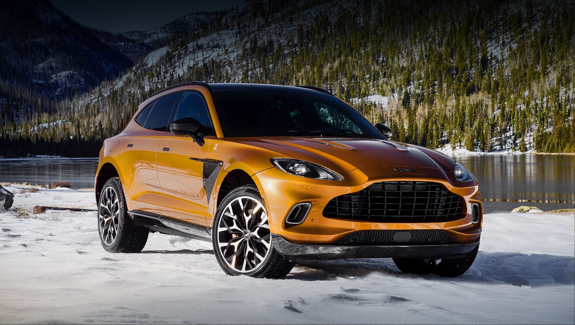 The First Aston Martin Dbx Crossovers Arrived In Russia Drive