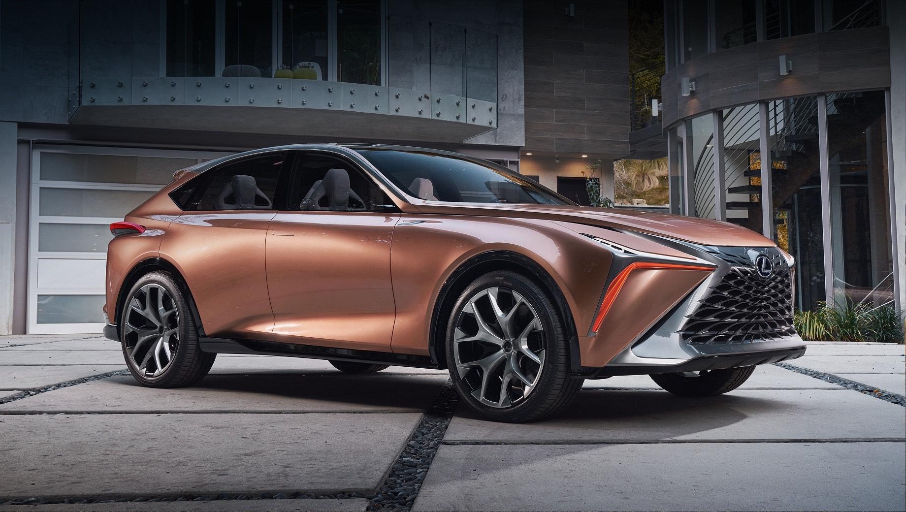 Флагманский кроссовер Lexus LQ получит наддувный V8