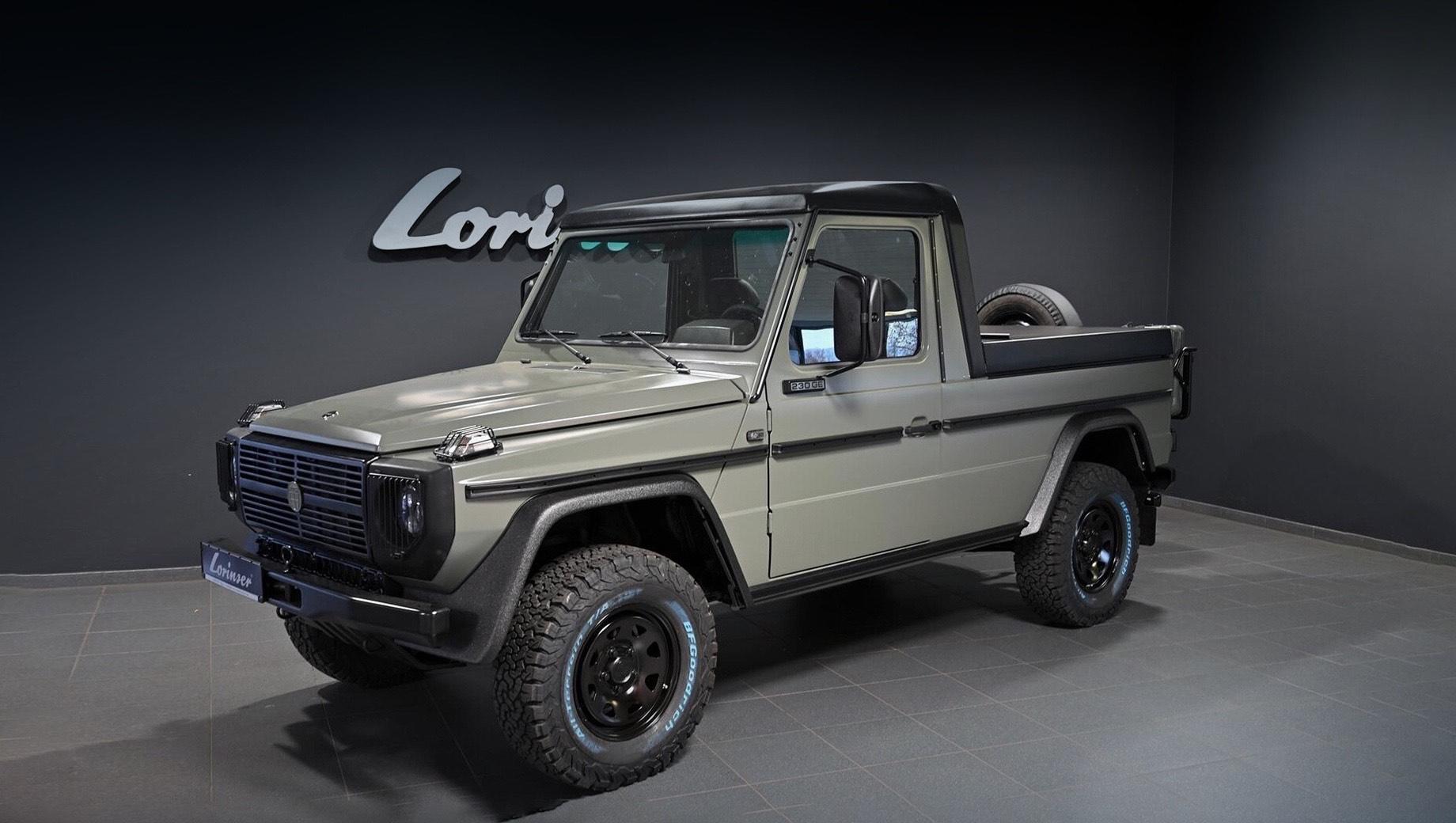 Mercedes g. Донорский Puch 230 GE, на базе которого и сделан пикап, впервые был зарегистрирован в октябре 1993 года и сразу отправлен на военную службу. За время её несения внедорожник накатал 202 000 км.